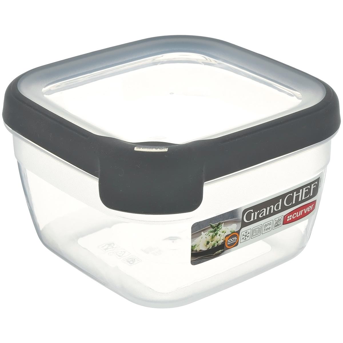 Емкость для заморозки и СВЧ Curver Grand Chef, цвет: серый, 1,2 л. 00014-673-00VT-1520(SR)Квадратная емкость для заморозки и СВЧ Grand Chef изготовлена из высококачественного пищевого пластика (BPA free), который выдерживает температуру от -40°С до +100°С. Стенки емкости и крышка прозрачные. Крышка по краю оснащена силиконовой вставкой, благодаря которой плотно и герметично закрывается, дольше сохраняя продукты свежими и вкусными. Сбоку имеются отметки литража. Емкость удобно брать с собой на работу, пикник, дачу, в поход или просто использовать для хранения пищи в холодильнике. Можно использовать в микроволновой печи и для заморозки в морозильной камере. Можно мыть в посудомоечной машине.