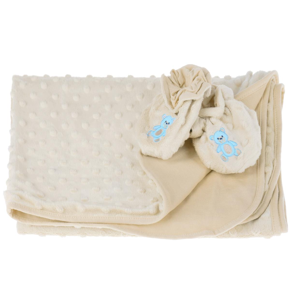 """Детский набор """"Baby Nice"""" в коляску, состоит из одеяла и пинеток. Набор изготовлен из экологичных материалов: верх изготовлен из ткани нового поколения Micro Velour, обладающей терморегулирующими и влагорегулирующими свойствами, подкладка - 100% натуральный хлопчатобумажный трикотаж. Пинетки украшены небольшой вышивкой в виде мишек. Они """"дышащие"""", из легкой воздухопроницаемой ткани, и сохраняющие тепло, что не позволят замерзнуть ножкам ребенка. Мама малыша, укрытого потрясающе мягким, необыкновенно легким и исключительно теплым одеялом, может быть спокойна за покой и комфортный сон своего ребенка на прогулке, на свежем воздухе. Набор окрашен гипоаллергенными красителями. Размер одеяла: 70 см х 98 см. Пинетки для детей от 0 до 3 лет."""