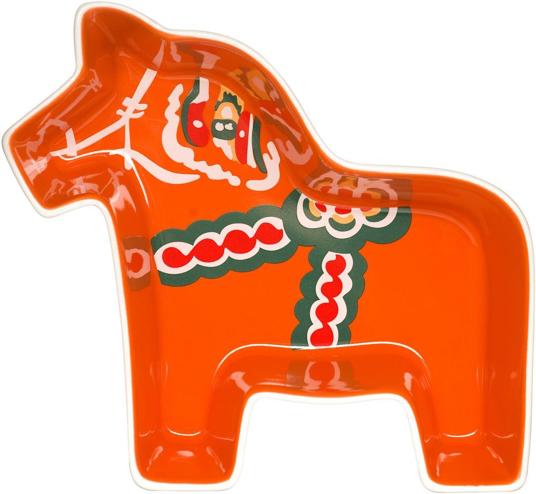 Конфетница Sagaform Animal, 21 х 19 см115510Изящная конфетница Sagaform Animal, изготовленная из высококачественной керамики, предназначена для красивой сервировки конфет. Изделие выполнено в виде красивой и ярко раскрашенной Далекарлийской лошадки. Конфетница Sagaform Animal оригинально украсит ваш стол и станет прекрасным дизайнерским решением.Можно мыть в посудомоечной машине.