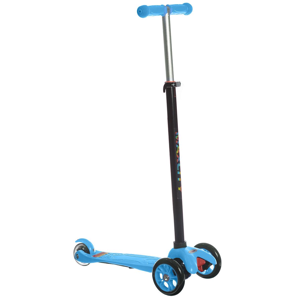 Самокат трехколесный MaxCity Snoopy, цвет: синийSNOOPYСамокат MaxCity Snoopy предназначается для самых маленьких. Детки в возрасте от трех до пяти лет придут в неописуемый восторг от подобного подарка! Самокат изготовлен из сверхпрочных современных материалов. Поэтому он легко выдерживает вес 30 кг! Вы можете полностью быть уверены в безопасности вашего малыша.У самоката имеется три колеса, поэтому он обладает отличной устойчивостью! Оснащен пяточным тормозом. Заднее колесо светится при езде. Процесс обучения езде на самокате обладает прекрасным плюсом. Чтобы научиться кататься, ребенку не требуется тренер, который должен на первых порах все время находиться рядом, как было бы при обучении катанию на велосипеде. Это легко объясняется конструкцией данной модели самоката. Ваш малыш сможет быстро освоить, как нужно кататься. Он ни разу при этом не упадет! Детский транспорт способен приносить ребенку лишь радость.