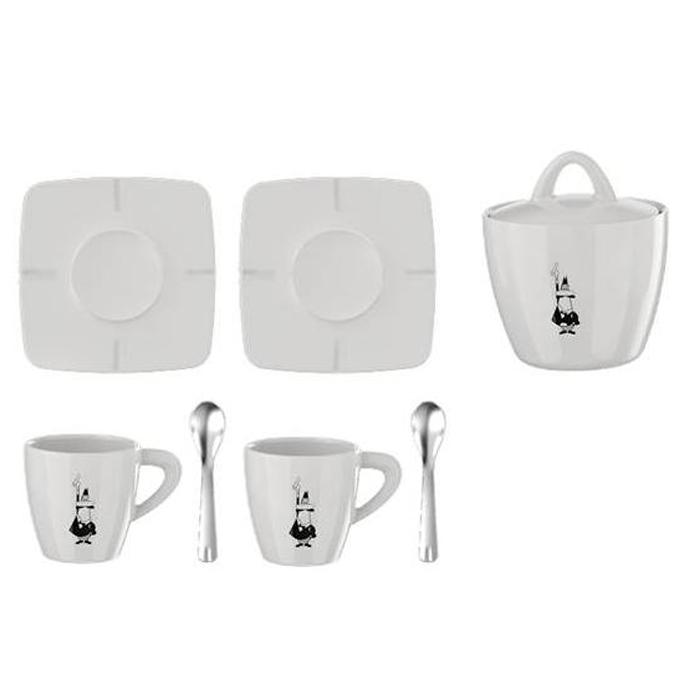 Набор посуды Bialetti Porcelain, в подарочной коробке, цвет: белый, 7 предметовVT-1520(SR)Набор посуды Bialetti Porcelain оригинального дизайна позволит насладиться вашими любимыми напитками. Набор рассчитан на 2 персоны и состоит из 7 предметов: 2 чашки, 2 блюдца, 2 хромированные ложки, сахарница. Все предметы изготовлены из высококачественного белого итальянского фарфора, который не теряет внешней красоты даже при длительной эксплуатации, в том числе при использовании посудомоечной машины.Набор Bialetti Porcelain поставляется в фирменной подарочной коробке, где каждый предмет надежно упакован отдельно от других. Посуда Bialetti - это всегда престижный и статусный подарок, который достоин самых больших праздничных событий.Объем одной чашки: 70 мл.