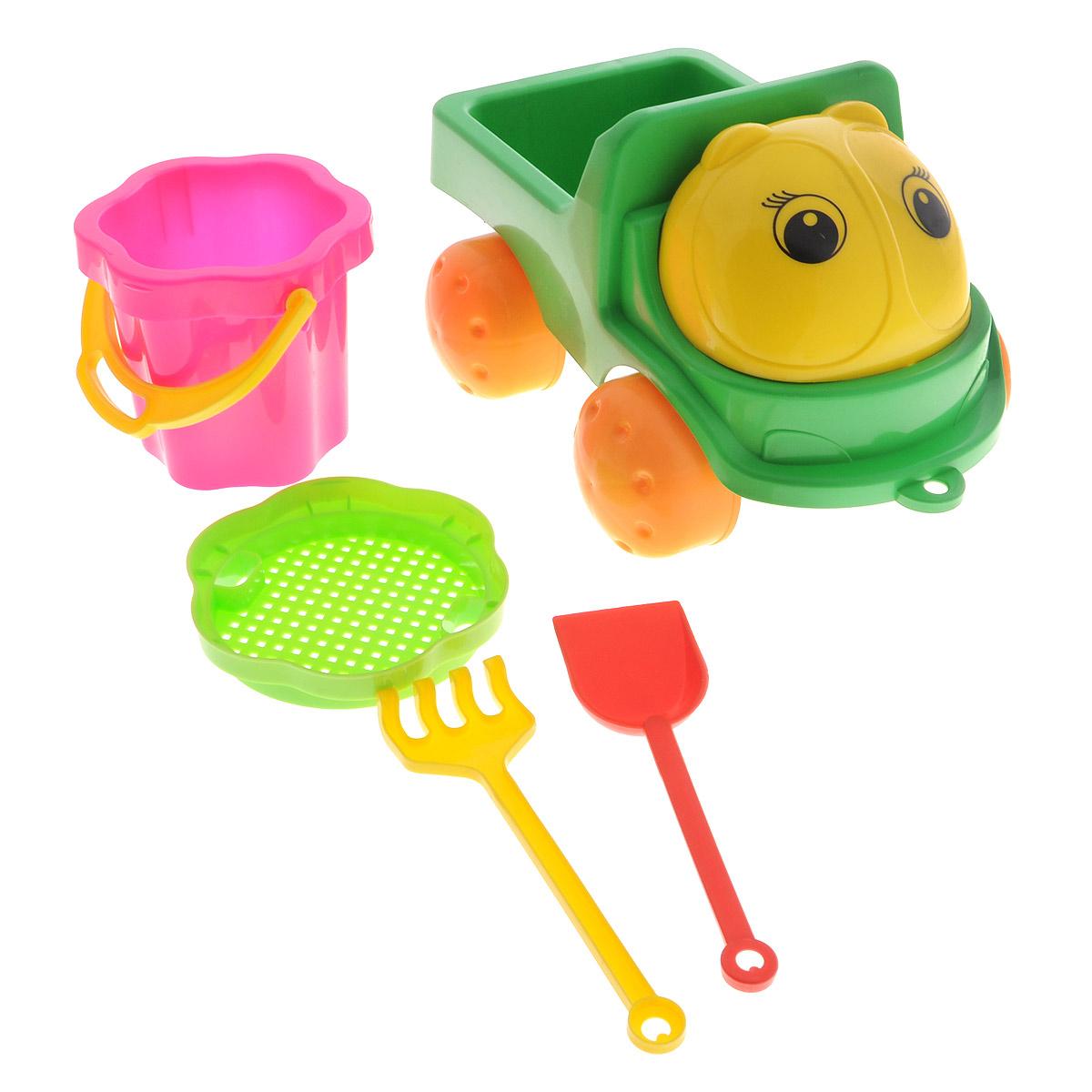 Яркие грузовик и набор для песка, изготовленные из полипропилена, доставят много радости вашему ребенку. Грузовик снабжен вместительным кузовом и колесиками со свободным ходом. К нему можно привязать шнурок и возить его за собой. На таком грузовике малыш сможет подвозить песок к игрушечной стройке. Набор включает в себя небольшое ведерко с ручкой, сито, лопатку и грабельки. Порадуйте вашего малыша таким замечательным подарком!