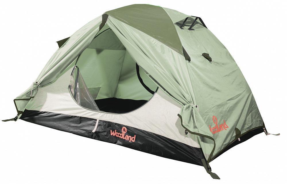 Палатка туристическая Woodland TOUR 3 ALU (2013), цвет: олива. 003624467742Высококачественная палатка Tour 3 ALU от производителя WoodLand обладает повышенным уровнем удобства и компактными габаритами. Представленная модель предназначена для непродолжительных походов (2-3 дня) и рассчитана на троих человек. Двухслойная палатка имеет два Q - образных входа, которые продублированы защитной москитной сеткой, что расширяет возможности для улучшения вентиляции в случае дождливой погоды. Вентиляционные клапаны изготовлены с защитой от косого дождя. Благодаря подобным характеристикам палатка будет идеальным вариантом для выездов на природу и походов в осеннее, весеннее и летнее время года. В основе каркаса используются дуги из материала алюминия, который отличается достаточной легкостью и прочностью. Палатка быстро и без особых усилий устанавливается. Тамбур палатки защищает спальные места от проникновения холодного воздуха, дыма и запахов. Для большего удобства предусмотрены карманы для разных мелочей и крючок для фонарика.Размер внешней палатки: 120 x 220 x360 см. Размер внутренней палатки: 120 x210 x180 см. Материал: Полиэстер/Алюминий