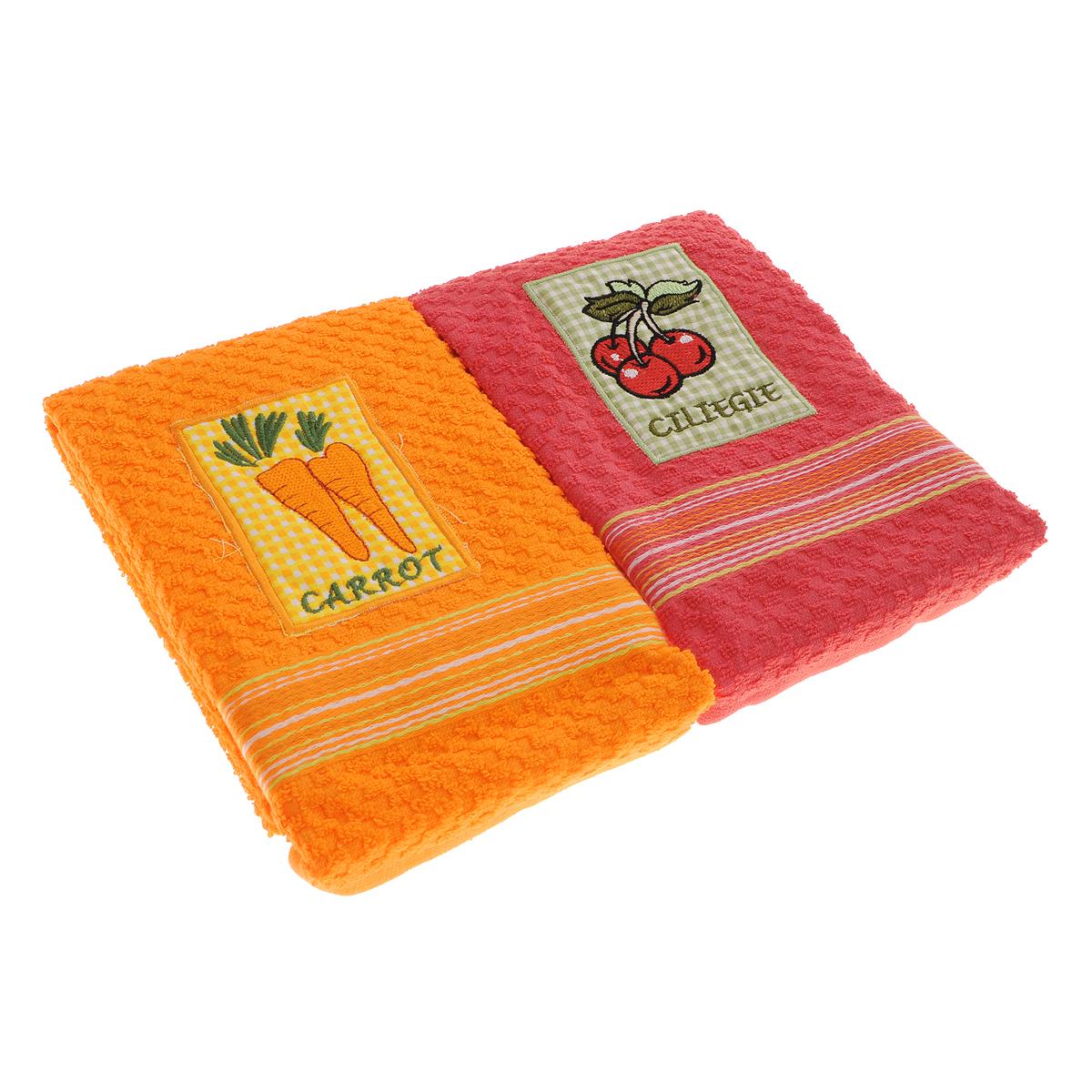 Набор махровых полотенец Bonita Морковь. Вишня, 40 см х 60 см, 2 шт1036Набор полотенец Bonita Морковь. Вишня, изготовленный из натурального хлопка, идеально дополнит интерьер вашей кухни и создаст атмосферу уюта и комфорта. В набор входят два махровых полотенца, оформленных вышивкой в виде моркови и вишни.Изделия выполнены из натурального материала, поэтому являются экологически чистыми. Высочайшее качество материала гарантирует безопасность не только взрослых, но и самых маленьких членов семьи. Современный декоративный текстиль для дома должен быть экологически чистым продуктом и отличаться ярким и современным дизайном. Кухня, столовая, гостиная - то место в доме, где хочется собраться всем вместе, ощутить радость и уют. И немалая доля этого уюта зависит от подобранных под вашу мебель, и что уж говорить, под ваше настроение - полотенец, скатертей, салфеток и прочих милых мелочей. Bonita предлагает коллекции готовых стилистических решений для различной кухонной мебели, множество видов, рисунков и цветов. Вам легко будет создать нужную атмосферу на кухне и в столовой с товарами Bonita.