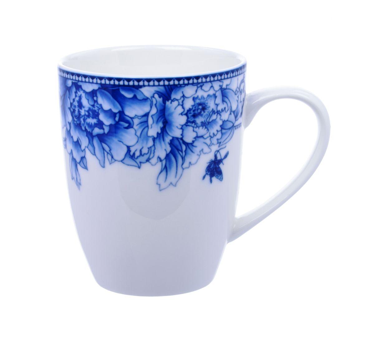 Кружка Nanshan Porcelain Наньшань, 300 мл115510Кружка Nanshan Porcelain Наньшань, выполненная из высококачественной керамики, декорирована цветочным узором. Изделие оснащено удобной ручкой. Кружка сочетает в себе оригинальный дизайн и функциональность. Благодаря такой кружке пить напитки будет еще вкуснее. Кружка Nanshan Porcelain Наньшань согреет вас долгими холодными вечерами. Можно использовать в посудомоечной машине и микроволновой печи. Объем: 300 мл.Диаметр (по верхнему краю): 8 см.Высота кружки: 10 см.