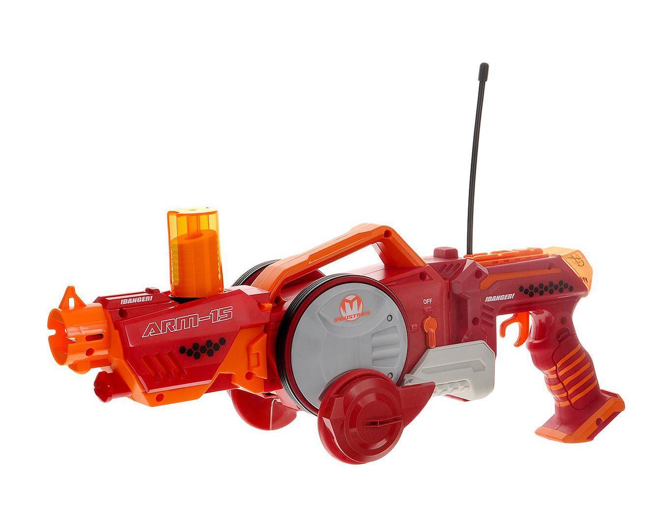 Maisto Игрушка-трансформер на радиоуправлении Armered Attack