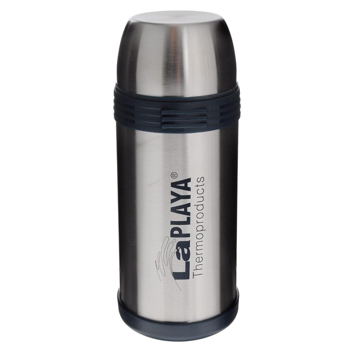 Термос LaPlaya Challenger, 1,5 л115510Термос LaPlaya Challenger изготовлен из нержавеющей стали 18/8 и пластика. В этом термосе применена система высококачественной вакуумной изоляции. Термос помогает сохранить температуру в течение 8 часов для горячих напитков и 24 часов для холодных.Широкая герметичная комбинированная пробка позволяет использовать термос для первых и вторых блюд при полном открывании и для напитков - при вывинчивании внутренней части. Крышку термоса можно использовать как кружку. Изделие оснащено дополнительной пластиковой чашкой. Откидная ручка и съемный ремень позволяют удобно переносить термос.Высота термоса (с крышкой): 28,5 см. Диаметр горлышка: 7,5 см. Объем кружки: 350 мл.Высота кружки: 6 см.Диаметр кружки: 10 см. Объем пластиковой чашки: 200 мл.Высота пластиковой чашки: 4 см.Диаметр пластиковой чашки: 9,3 см.