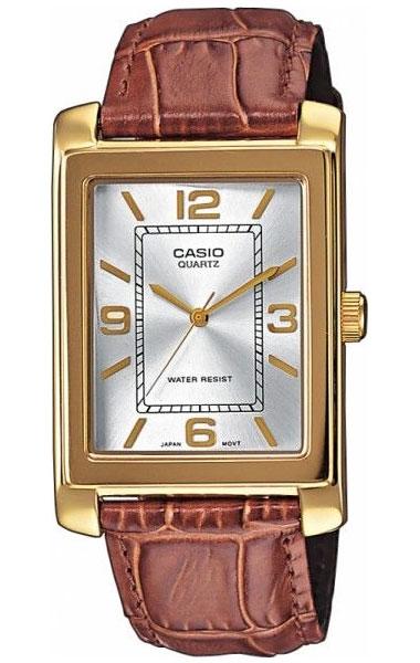 Часы женские наручные Casio, цвет: золотистый, коричневый, белый. MTP-1234PGL-7ABM8434-58AEСтильные женские часы Casio выполнены из нержавеющей стали, натуральной кожи, минерального стекла. Циферблат изделия дополнен символикой бренда.Часы оснащены полированным ударостойким корпусом, устойчивым к царапинам минеральным стеклом, а также степенью влагозащиты 5 atm. Изделие дополнено браслетом из натуральной кожи с тиснением под рептилию и застежкой с пряжкой, позволяющей максимально комфортно и быстро снимать и одевать часы.Часы поставляются в фирменной упаковке.Часы Casio подчеркнут отменное чувство стиля у их обладателя.