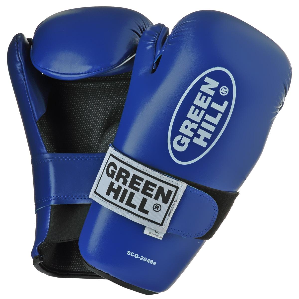 Перчатки для контактных единоборств Green Hill 7-contact, цвет: синий. Размер XLAIRWHEEL M3-162.8Накладки Green Hill 7-contact для контактных видов единоборств семиконтакт. Идеально подходят для обучения, спаррингов и соревнований. Перчатки выполнены из высококачественной. Широкий ремень, охватывая запястье, полностью оборачивается вокруг манжеты, благодаря чему создается дополнительная защита лучезапястного сустава от травмирования. Застежка на липучке способствует быстрому и удобному одеванию перчаток, плотно фиксирует перчатки на руке.