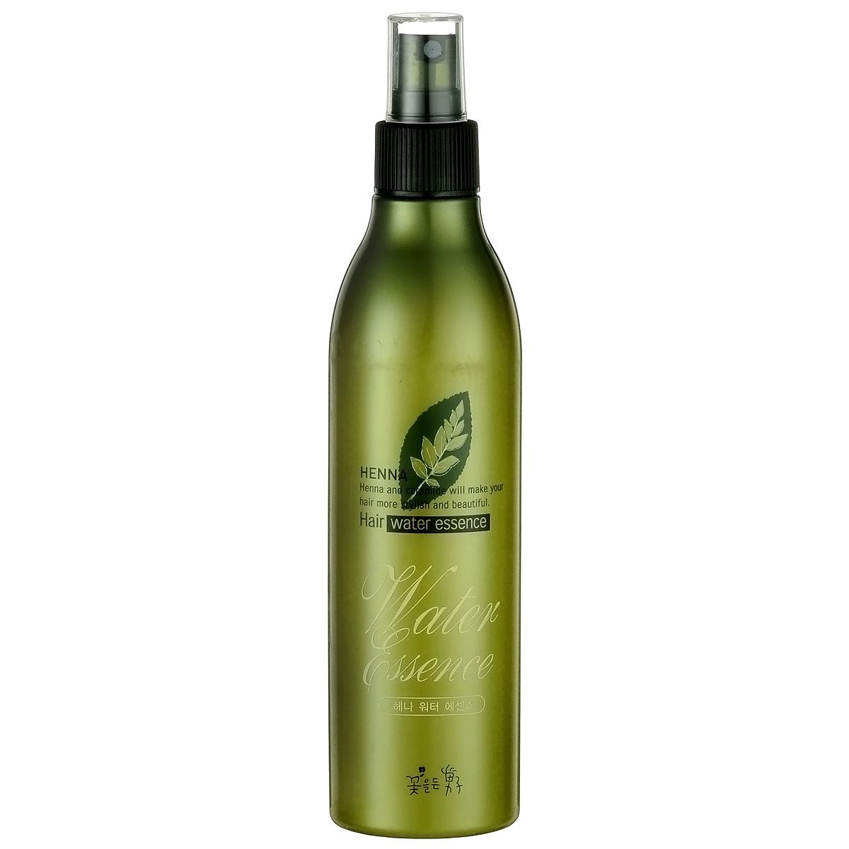 Somang Henna Увлажняющий флюид для волос, 300 мл902176107Обеспечивает волосам длительное увлажнение и питание. Дезодорирует волосы, защищая от запахов табака, пищи и пр. Содержит экстракт ламинарии, гидролизованный кератин и керамид. Для всех типов волос. Подходит для ежедневного использования.