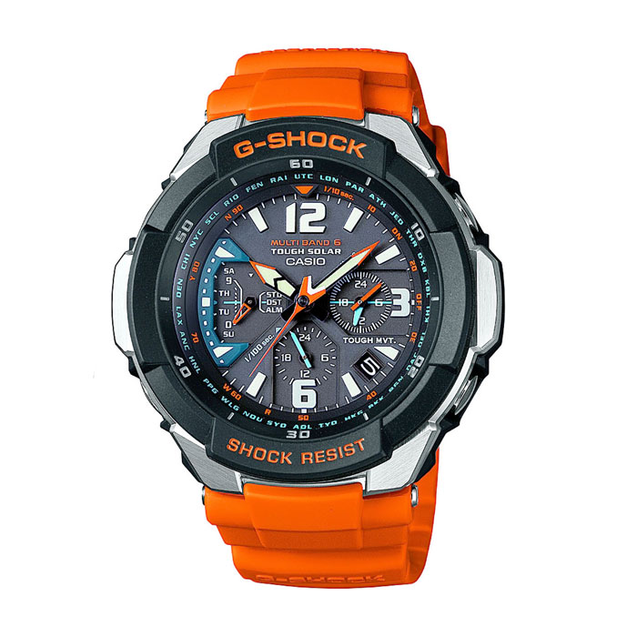 Наручные часы Casio GW-3000M-4ABM8434-58AEНаручные часы Casio GW-3000M.Противоударные:Ударопрочная конструкция защищает от ударов и вибрации.Питание от солнечной энергии:Солнечная подзаряжающаяся батарейка обеспечивает питание часов для работы.Прием радиосигнала (Европа, США, Япония, Китай):В Европе илиСеверной Америке, во многих частях Канады и Центральной Америки, Японии и Китае после настройки часов на местный часовой пояс, часы будут получать радио-сигнал калибровки, гарантирующий, что они всегда будут показывать точное время. В большинстве стран переход летнее и зимнее время также обновляется автоматически.Неоновый дисплей:Светящееся покрытие обеспечивает длительную подсветку в темное время суток после короткого воздействия света.Мировое время:Отображение текущего времени в основных городах и конкретных областях по всему миру.Отображение даты и дня недели:На дисплее отображается текущая дата и день недели.Функция секундомера - 1/100 сек. - 24 минут:Прошедшее время, время прохождения круга и общее время измеряются с точностью до сотой доли секунды. Предел измерений 24 минуты.Ежедневный будильник:Издавая звуковой сигнал в установленное время, будильник напомнит о событиях, которые повторяются каждый день. Автоматическая ручная настройка:Функция автоматической ручной настройки проверяет исходное положение стрелок каждый час и корректирует его в случае необходимости - изменение после удара, либо из-за влияния магнитного поля.Автоматический календарь:После настройки автоматический календарь всегда отображает точную дату. Минеральное стекло:Прочное и устойчивое к царапинам минеральное стекло защищает часы от любых повреждений, которые могут испортить внешний вид часов.Корпус из нержавеющей стали и полимерного пластика:Прочный, надежный и элегантный браслет является неотъемлемой частью часов.Ремешок из полимерного материала:Натуральный полимерный материал является идеальным для изготовления ремешка благодаря своей чрезвычайной прочности и гибкости. Водонепроницаемые ч