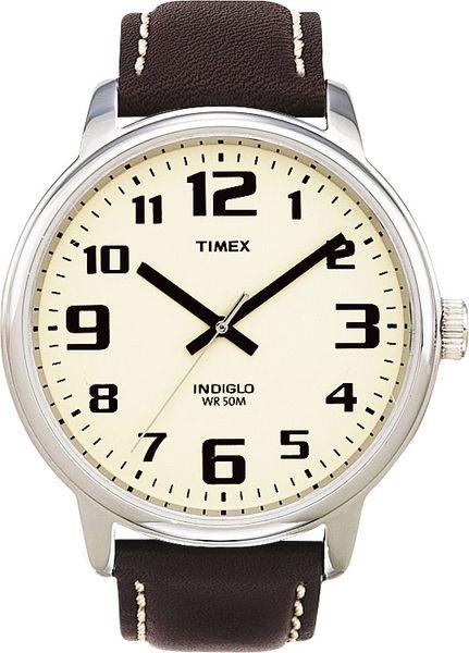 Часы наручные мужские Timex, цвет: белый, коричневый. T28201BM8434-58AEСтильные мужские часы Timex WATCHES выполнены из нержавеющей стали, минерального стекла. Циферблат изделия дополнен символикой бренда.Часы оснащены кварцевым механизмом с тремя стрелками, полированным корпусом, устойчивым к царапинам минеральным стеклом, степенью влагозащиты 5atm, подсветкой циферблата indiglo. Изделие дополнено ремешком из натуральной кожи, позволяющим максимально комфортно и быстро снимать и одевать часы при помощи пряжки.Часы поставляются в фирменной упаковке.Часы Timex WATCHES подчеркнут мужской характер и отменное чувство стиля их обладателя.