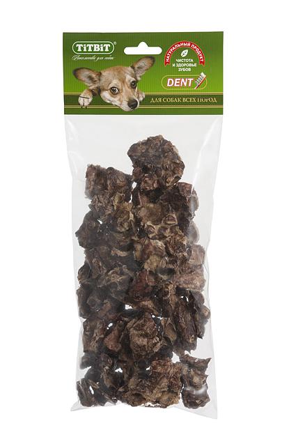 Лакомство для собак Titbit, печеное легкое0120710Запеченные кусочки высушенного говяжьего легкого. Высокое содержание микроэлементов и соединительной ткани дополняет удовольствие собаки от нежного лакомства.Легкие очень вкусны, малокалорийны и замечательно усваиваются организмом. Легкие содержат практически такой же набор витаминов, как и мясо, но зато гораздо менее жирные. Оказывают положительное воздействие на состояние кожи, шерсти и общий обмен веществ. Кусочки очень удобно использовать в качестве поощрения при дрессуре, и просто на прогулках. Для собак всех пород и возрастов. Особенно рекомендуется для собак с неполной зубной формулой и возрастными изменениями зубочелюстного аполипропиленовый пакетарата. Благодаря вкусовым качествами воздушной структуре является одним из самых любимых лакомствдля наших четвероногих друзей. Состав: Говяжье легкое.