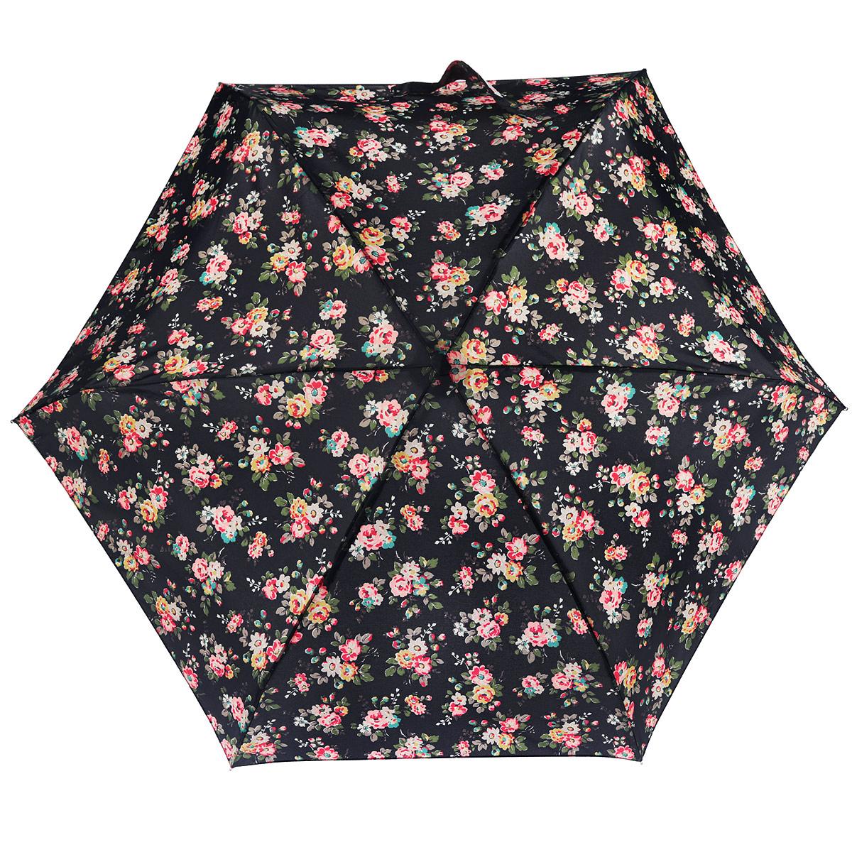 Зонт женский Fulton CathKidston Tiny. Kingswood Rose Charcoal, механический, 5 сложений, цвет: черный, розовый, красный, зеленый. L739-284545100032/35449/3537AОчаровательный механический зонт CathKidston Tiny. Kingswood Rose Charcoal в 5 сложений изготовлен из высокопрочных материалов. Каркас зонта состоит из 6 спиц и прочного алюминиевого стержня. Купол зонта выполнен из прочного полиэстера с водоотталкивающей пропиткой и оформлен рисунком в виде цветов. Рукоятка изготовлена из дерева.Зонт имеет механический механизм сложения: купол открывается и закрывается вручную до характерного щелчка.Небольшой шнурок, расположенный на рукоятке, позволяет надеть изделие на руку при необходимости. Модель закрывается при помощи хлястика на застежку-липучку. К зонту прилагается чехол.Прелестный зонт не только выручит вас в ненастную погоду, но и станет стильным аксессуаром, прекрасно дополнит ваш модный образ. Необыкновенно компактный зонт с легкостью поместится в маленькую сумочку.
