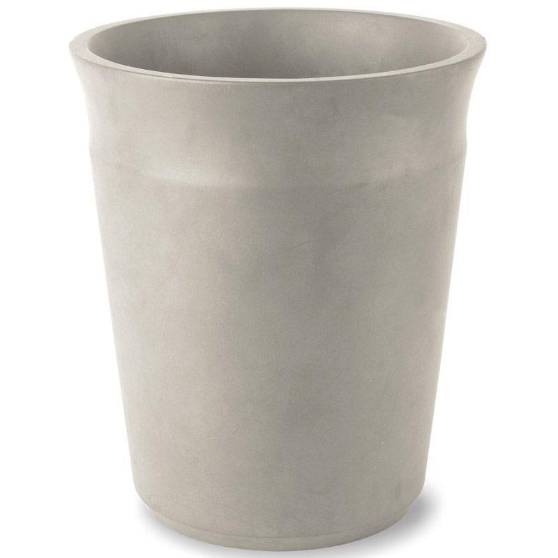Корзина для мусора Umbra Roca, цвет: графит, высота 25,5 см787502Корзина Umbra Roca выполнена из высококачественной керамики. На рабочем столе можно обнаружить много всего ненужного: скомканные бумаги для заметок, упаковки от шоколадок, старые скрепки и скобы для степлера. Благодаря этой корзине, вы можете избавиться от всего этого хлама, чтобы сделать жизнь чище и упорядоченнее. Лаконичная и простая корзина Umbra Roca не займет много места и будет прилежно исполнять свои обязанности по накоплению мусора. Диаметр корзины: 21,5 см.Высота: 25,5 см.