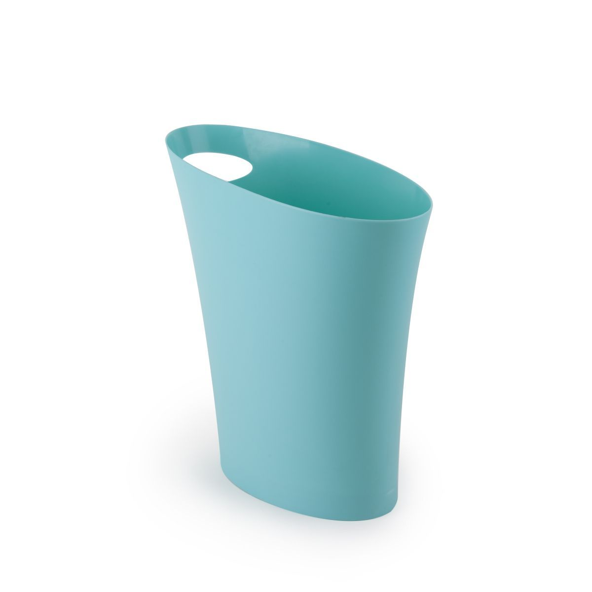 Контейнер мусорный Skinny морская волна082610-276Компактная корзина для мусора Umbra Skinny, которая поместится в любую узкую нишу. Например между стеной и кухонным шкафом, диваном в гостиной и креслом или ванной и раковиной. Объем7,5 литров. Изготовлена из полипропилена. Оснащена удобной ручкой для переноски.
