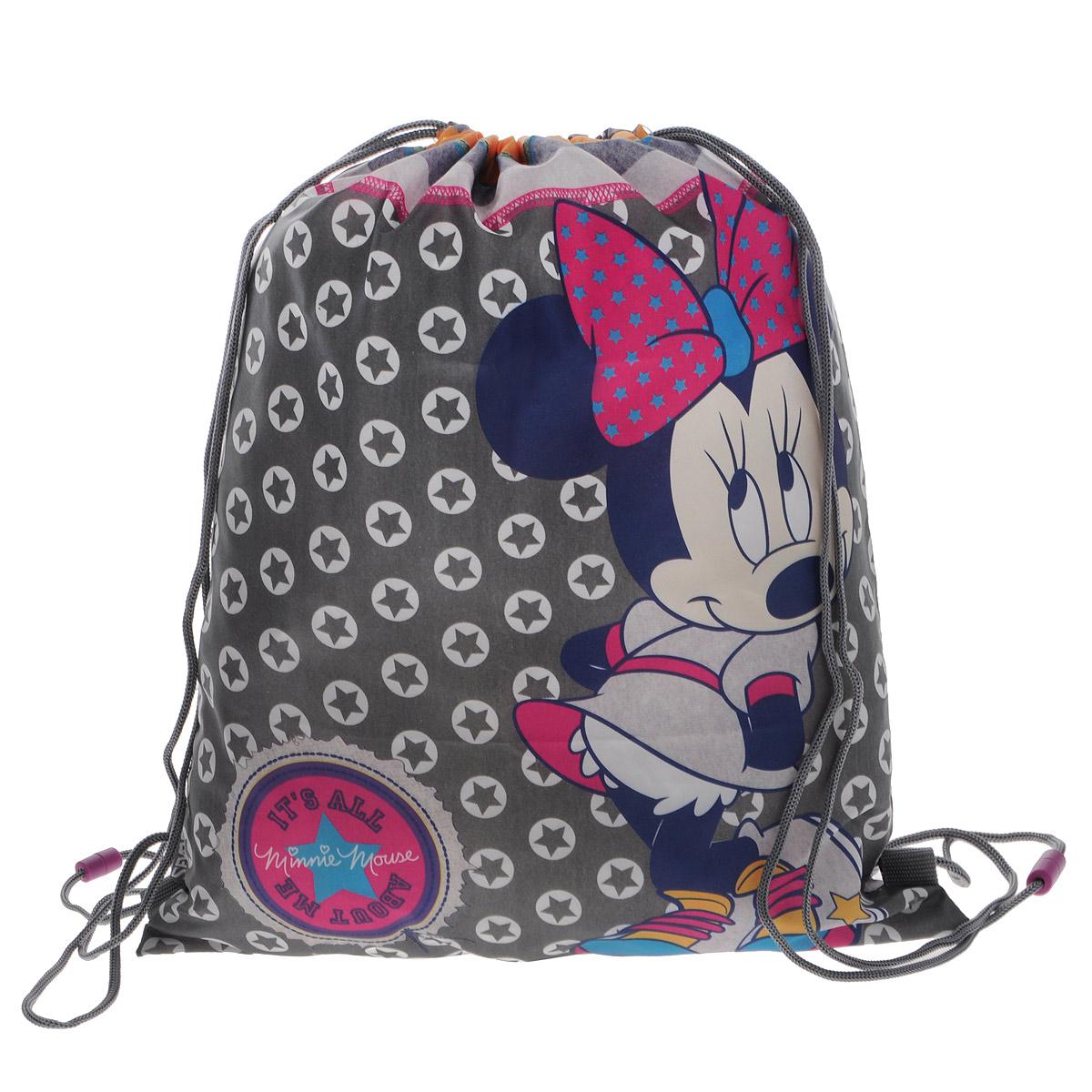 Minnie Mouse Сумка-рюкзак для обуви цвет серый MMCB-UT1-883MMCB-UT1-883Сумка для сменной обуви Minnie Mouse идеально подойдет как для хранения, так и для переноски сменной обуви и одежды.Сумка выполнена из прочного водонепроницаемого полиэстера и содержит одно вместительное отделение, затягивающееся с помощью текстильных шнурков. Шнурки фиксируются в нижней части сумки, благодаря чему ее можно носить за спиной как рюкзак.Оформлено изделие изображением любимого героя из мультфильма. Ваш ребенок с радостью будет ходить с таким аксессуаром в школу.