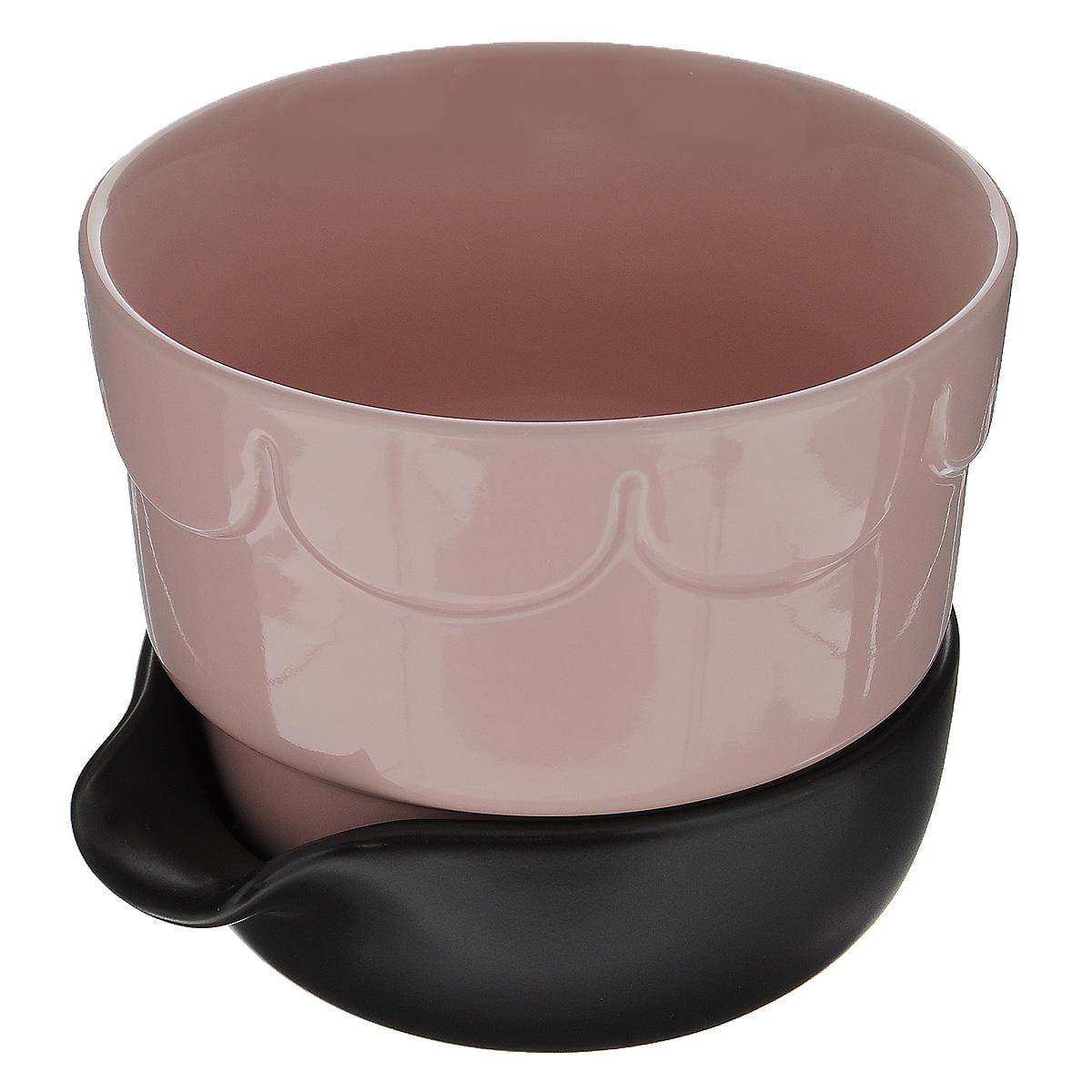 Горшок для цветов Sagaform, с поддоном, цвет: бледно-розовый, коричневый, диаметр 13,5 см1671695Цветочный горшок Sagaform с поддоном выполнен из высококачественной керамики и предназначен для выращивания в нем цветов, растений и трав. Поддон обеспечивает систему прикорневого полива, которая способствует вентиляции и дренажу корневой системы растения. Такой горшок порадует вас современным дизайном и функциональностью, а также оригинально украсит интерьер помещения.Диаметр по верхнему краю: 13,5 см.Высота горшка: 11 см.Диаметр поддона: 12 см.