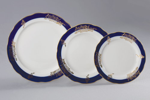Набор тарелок 24 шт Вырезной край ЯгодыVT-1520(SR)Набор тарелок 24 шт Вырезной край Ягоды фарфор