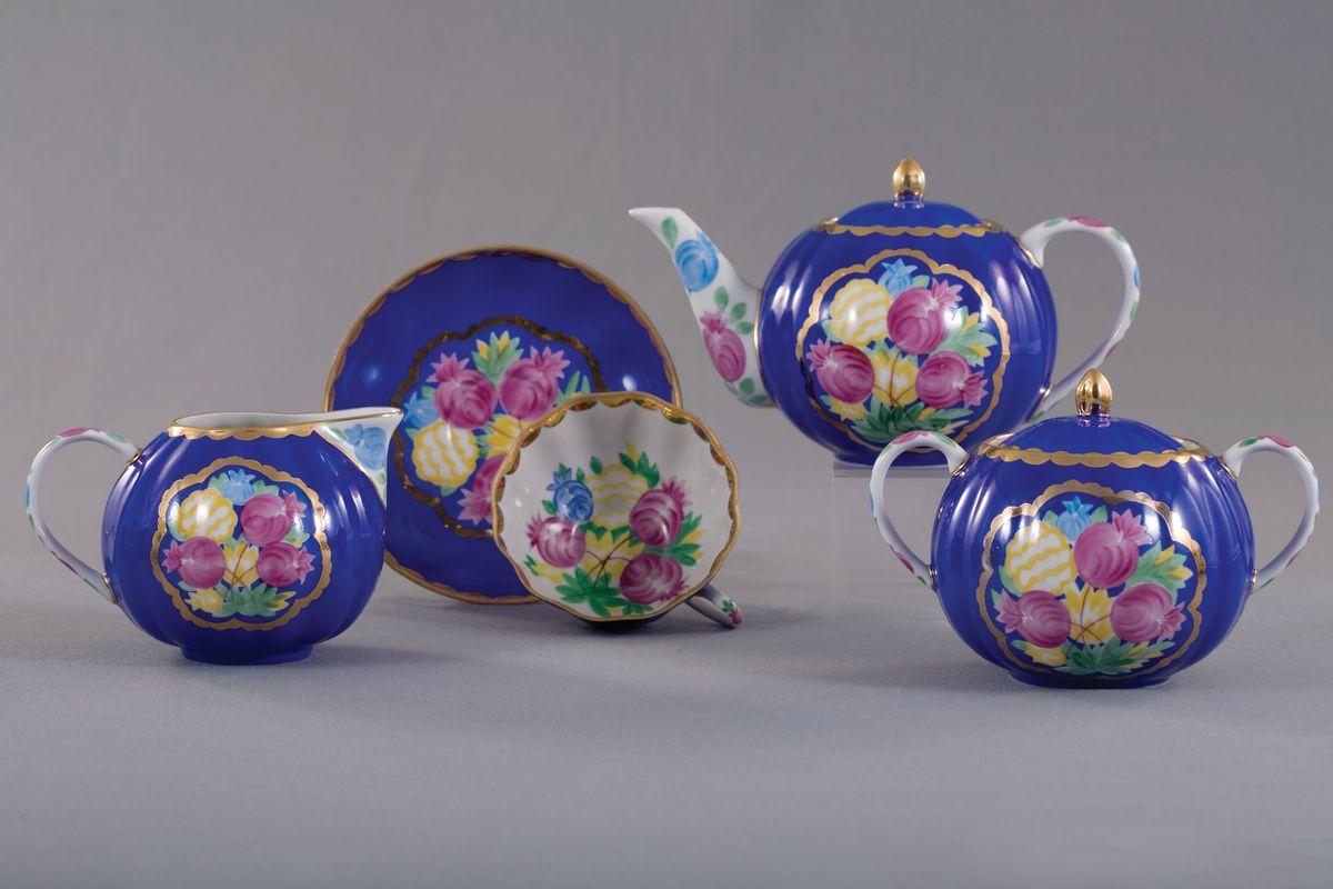 Сервиз чайный з 15 предм. Тюльпан КрасавицаVT-1520(SR)Сервиз чайный з 15 предм. Тюльпан Красавица фарфор