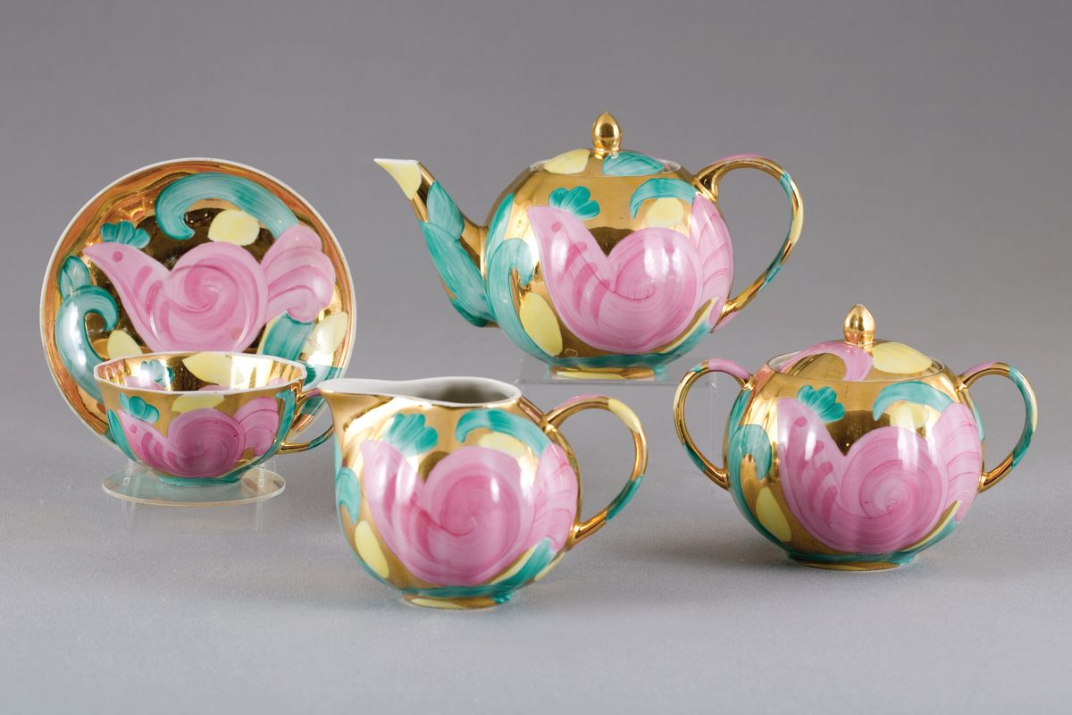 Сервиз чайный 15 предм. Тюльпан Розовая птицаVT-1520(SR)Сервиз чайный 15 предм. Тюльпан Розовая птица фарфор