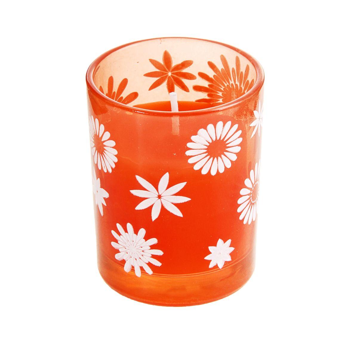 Свеча Sima-land Цветочки, цвет: оранжевый, белый, высота 6 смES-412Свеча Sima-land Цветочки изготовлена из воска и поставляется в подсвечнике в виде стеклянного стакана, оформленного изображениями цветов. Изделие отличается оригинальным дизайном и изяществом. Такая свеча может стать отличным подарком или дополнить интерьер вашей комнаты.