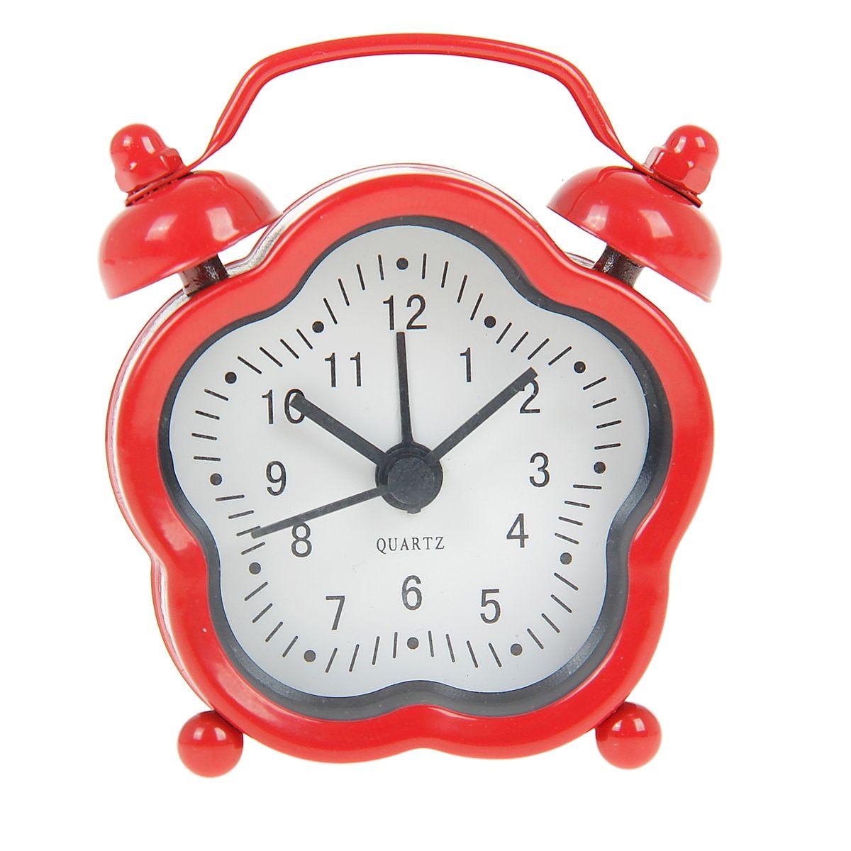 Часы-будильник Sima-land, цвет: красный. 840957MRC 4141 P schwarzКак же сложно иногда вставать вовремя! Всегда так хочется поспать еще хотя бы 5 минут и бывает, что мы просыпаем. Теперь этого не случится! Яркий, оригинальный будильник Sima-land поможет вам всегда вставать в нужное время и успевать везде и всюду. Будильник украсит вашу комнату и приведет в восхищение друзей. Эта уменьшенная версия привычного будильника умещается на ладони и работает так же громко, как и привычные аналоги. Время показывает точно и будит в установленный час.На задней панели будильника расположены переключатель включения/выключения механизма, а также два колесика для настройки текущего времени и времени звонка будильника.Будильник работает от 1 батарейки типа LR44 (входит в комплект).