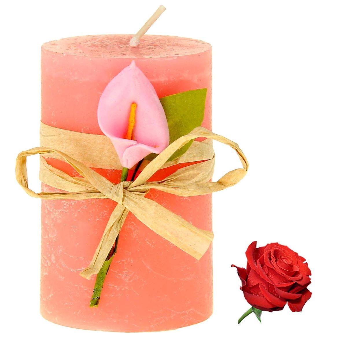 Свеча ароматизированная Sima-land Роза, высота 7 см849495Свеча Sima-land Роза выполнена из воска в виде столбика и украшена цветком. Свеча наполнит дом нежным ароматом розы, который понравится как женщинам, так и мужчинам. Создайте для себя и своих близких не забываемую атмосферу праздника. Ароматическая свеча Sima-land Роза раскрасит серые будни яркими красками.