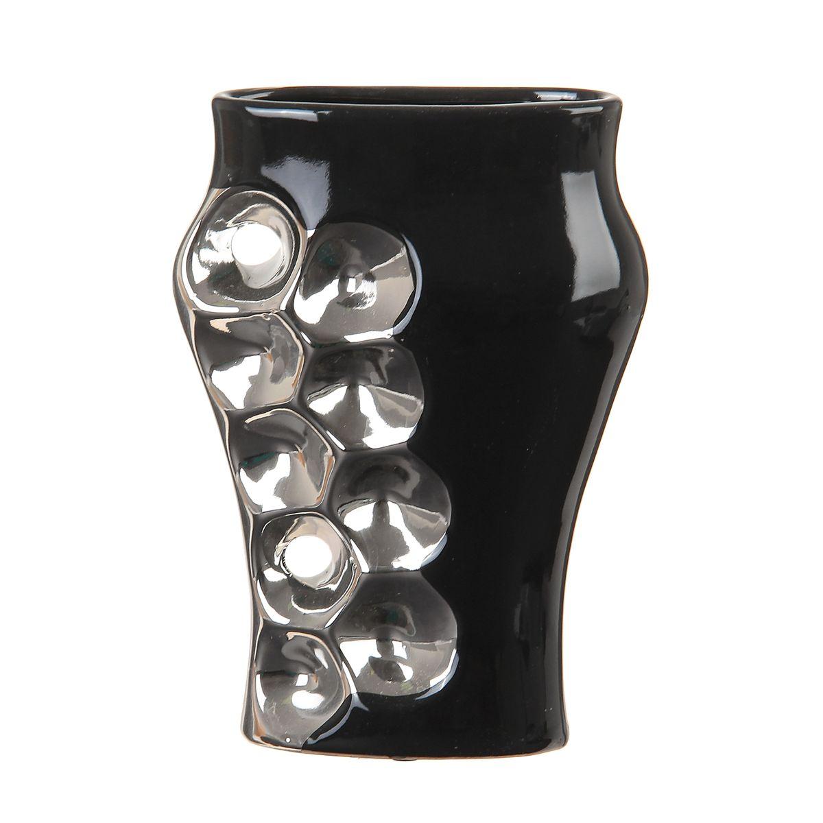 Ваза Sima-land Пузыри, цвет: черный, серебристый, высота 22 смFS-91909Ваза Sima-land Пузыри изготовлена из высококачественной керамики. Интересная форма и необычное оформление сделают эту вазу замечательным украшением интерьера. Ваза предназначена как для живых, так и для искусственных цветов. Любое помещение выглядит незавершенным без правильно расположенных предметов интерьера. Они помогают создать уют, расставить акценты, подчеркнуть достоинства или скрыть недостатки.