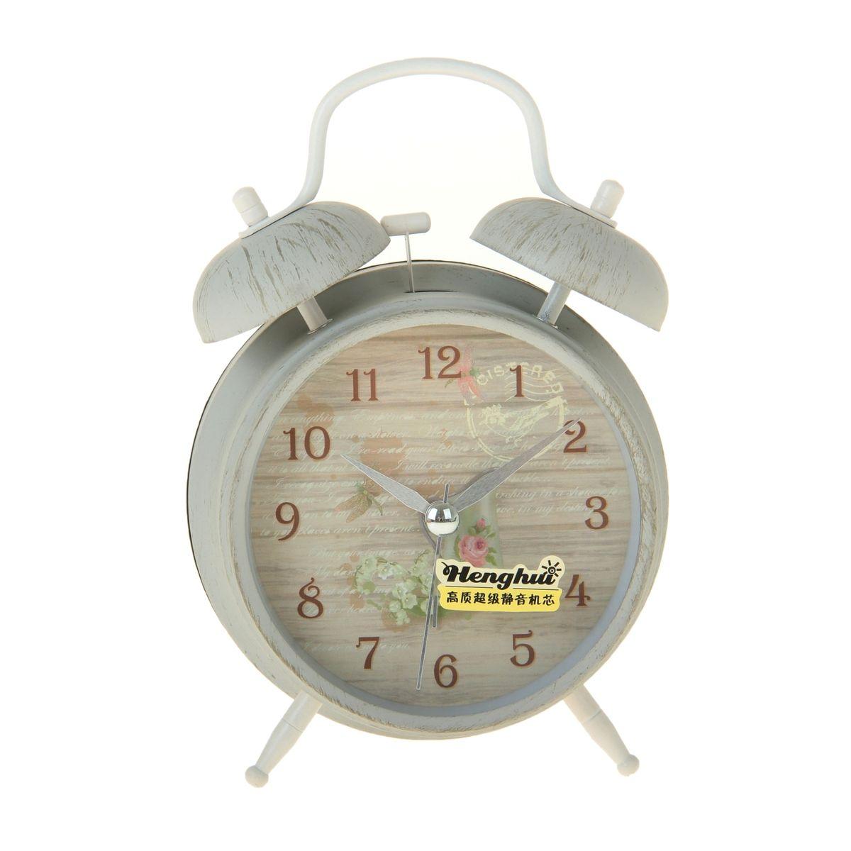 Часы-будильник Sima-land Кувшин и цветыSC-AC1014NКак же сложно иногда вставать вовремя! Всегда так хочется поспать еще хотя бы 5 минут и бывает, что мы просыпаем. Теперь этого не случится! Яркий, оригинальный будильник Sima-land Кувшин и цветы поможет вам всегда вставать в нужное время и успевать везде и всюду. Будильник украсит вашу комнату и приведет в восхищение друзей. Время показывает точно и будит в установленный час.На задней панели будильника расположены переключатель включения/выключения механизма, а также два колесика для настройки текущего времени и времени звонка будильника. Также будильник оснащен кнопкой, при нажатии и удержании которой, подсвечивается циферблат. Будильник работает от 1 батарейки типа AA напряжением 1,5V (не входит в комплект).