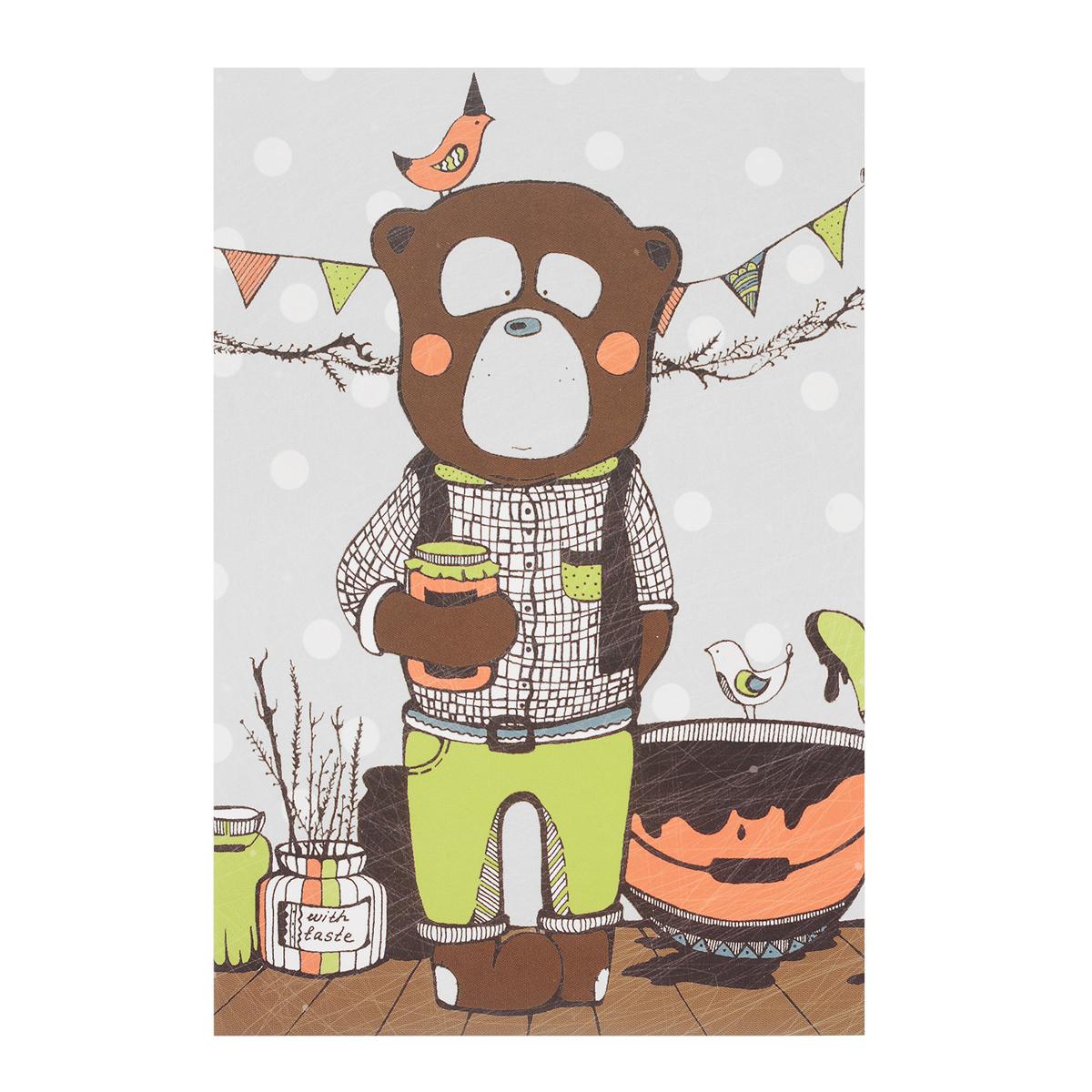Открытка Вкус варенья. Автор Анастасия МежаковаGbE10-007Оригинальная дизайнерская открытка Вкус варенья выполнена из плотного матового картона. На лицевой стороне расположена репродукция картины художницы Анастасии Межаковой с изображением медведя, занятого приготовлением вкусного варенья.Такая открытка станет великолепным дополнением к подарку или оригинальным почтовым посланием, которое, несомненно, удивит получателя своим дизайном и подарит приятные воспоминания.