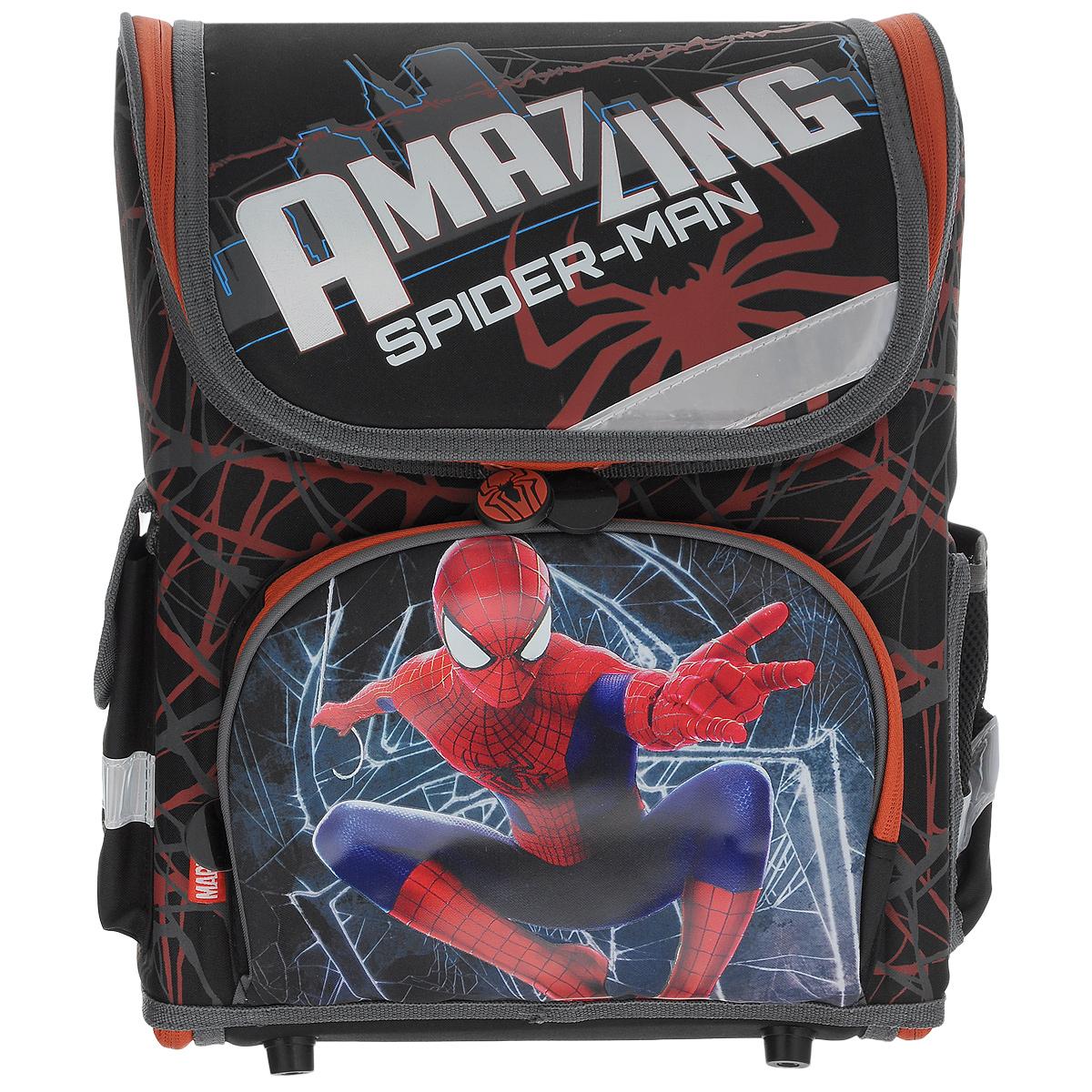 Ранец школьный Spider-man, с наполнением, цвет: черный, красный72523WDШкольный ранец Spider-man выполнен из современного легкого и прочного материала фиолетового цвета, дополненный яркими аппликациями с героями Spider-man. Ранец имеет одно основное отделение, закрывающееся на молнию. Ранец полностью раскладывается. Внутри главного отделения расположен накладной сетчатый карман и два разделителя с утягивающей резинкой, предназначенные для размещения предметов без сложения, размером до формата А4 включительно. На лицевой стороне ранца расположен накладной карман на молнии. По бокам ранца размещены два дополнительных накладных кармана, один на застежке-молнии, и один открытый. Рельеф спинки ранца разработан с учетом особенности детского позвоночника.Ранец оснащен удобной ручкой для переноски и двумя широкими лямками, регулируемой длины. Дно ранца защищено пластиковыми ножками. Многофункциональный школьный ранец станет незаменимым спутником вашего ребенка в походах за знаниями. В комплекте с ранцем идет наполнение: Альбом для рисования, формат 290х205, 20 листов; Тетрадь в клетку, 12 листов;Тетрадь в линейку, 12 листов; Дневник школьный; Пластиковая папка-уголок; Ластик школьный; Карандаш чернографитный, 3 шт. Весь товар из наполнения с изображениями Spider-man.