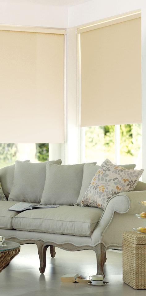 Мини ролло Garden 140х170 см, с креплением на стену-потолок, цвет: бежевый1004900000360Мини ролло Garden изготовлены из высокопрочной плотной однотонной ткани и имеют небольшой мерцающий эффект. Ткань не выцветает, обладает отличной цветоустойчивостью и сохраняет свой размер даже при намокании. Рулонные шторы (ролло) - это полотно ткани, которое наматывается на вал. С помощью удобного механизма управления рулонные шторы могут опускаться до необходимого уровня и фиксироваться в этом положении. Крепление универсальное, шторы крепятся либо скобами на раму, либо на крепление с двусторонним скотчем. Мини ролло Garden - это отличное решение для тех, кто не хочет утяжелять помещение тканевыми шторами. Они не только открывают пространство, но и легко регулируют подачу света в помещение. Происходит это с помощью шнура-цепочки. В комплект входит: - крепления,- саморезы,- дюбеля,- шнур-цепочка,- ролло.