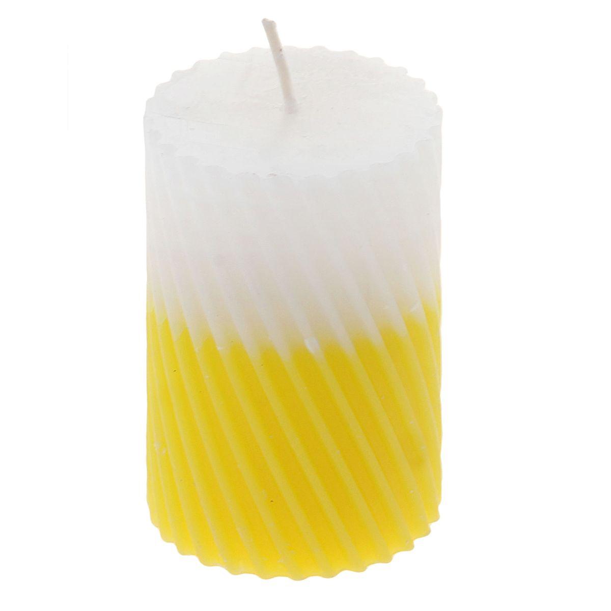 Свеча ароматизированная Sima-land Лимон, высота 7,5 см. 849539RG-D31SСвеча Sima-land Лимон выполнена из воска и оформлена резным рельефом. Свеча порадует ярким дизайном и сочным ароматом лимона, который понравится как женщинам, так и мужчинам. Создайте для себя и своих близких незабываемую атмосферу праздника в доме. Ароматическая свеча Sima-land Лимон раскрасит серые будни яркими красками.