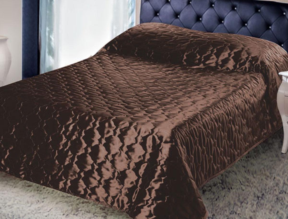 Покрывало стеганое Диана, цвет: шоколад, 180 х 200 смFA-5125 WhiteИзящное покрывало Диана, выполненное из тафты (100% полиэстер), гармонично впишется в интерьер вашего дома и создаст атмосферу уюта и комфорта. Тафта - это плотная изысканная ткань с легким глянцем и эффектом помятости. Внутренняя сторона покрывала изготовлена из микрофибры. Внутри - наполнитель из термофайбера. Покрывало окантовано и имеет фигурную стежку, которая равномерно удерживает наполнитель внутри и не позволяет ему скатываться. Покрывало практичное, легкое и удобное в использовании и уходе. Допускается стирка в машинах-автоматах при температуре 30°С, не линяет, не дает усадки. Благодаря мягкой и приятной текстуре, глубокому и насыщенному цвету, покрывало станет модной, практичной и уютной деталью вашего интерьера.