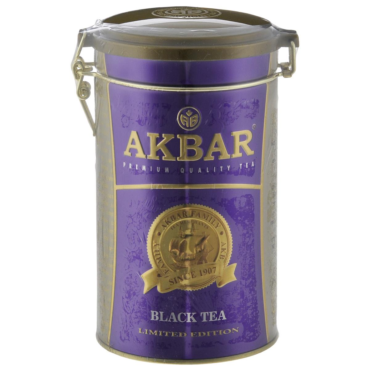 Akbar 100 Years черный листовой чай, 150 г0120710Крупнолистовой, обладающий неповторимым вкусом, душистый чай Akbar 100 Years Purple выращивается без использования химических удобрений всего лишь на нескольких элитных равнинных чайных плантациях, расположенных в цейлонских провинциях Ruhuna и Sabaragamuwa, на высоте не более 1500 футов над уровнем моря.