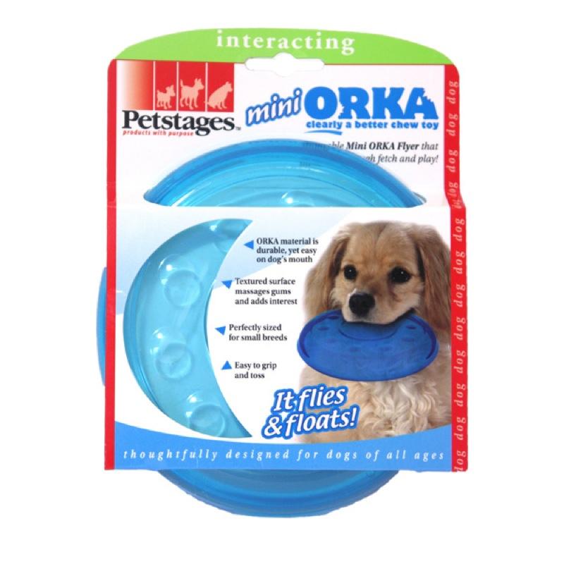 Игрушка для собак Petstages Mini Orka. Летающая тарелкаAS04CИгрушка для собак Petstages Mini Orka. Летающая тарелка выполнена из синтетической резины. Этот материал настолько безопасен, что из него делают детские прорезыватели для зубов. Уникальная форма игрушки способствует массажу десен во время игры. Диаметр тарелки: 14,5 см.