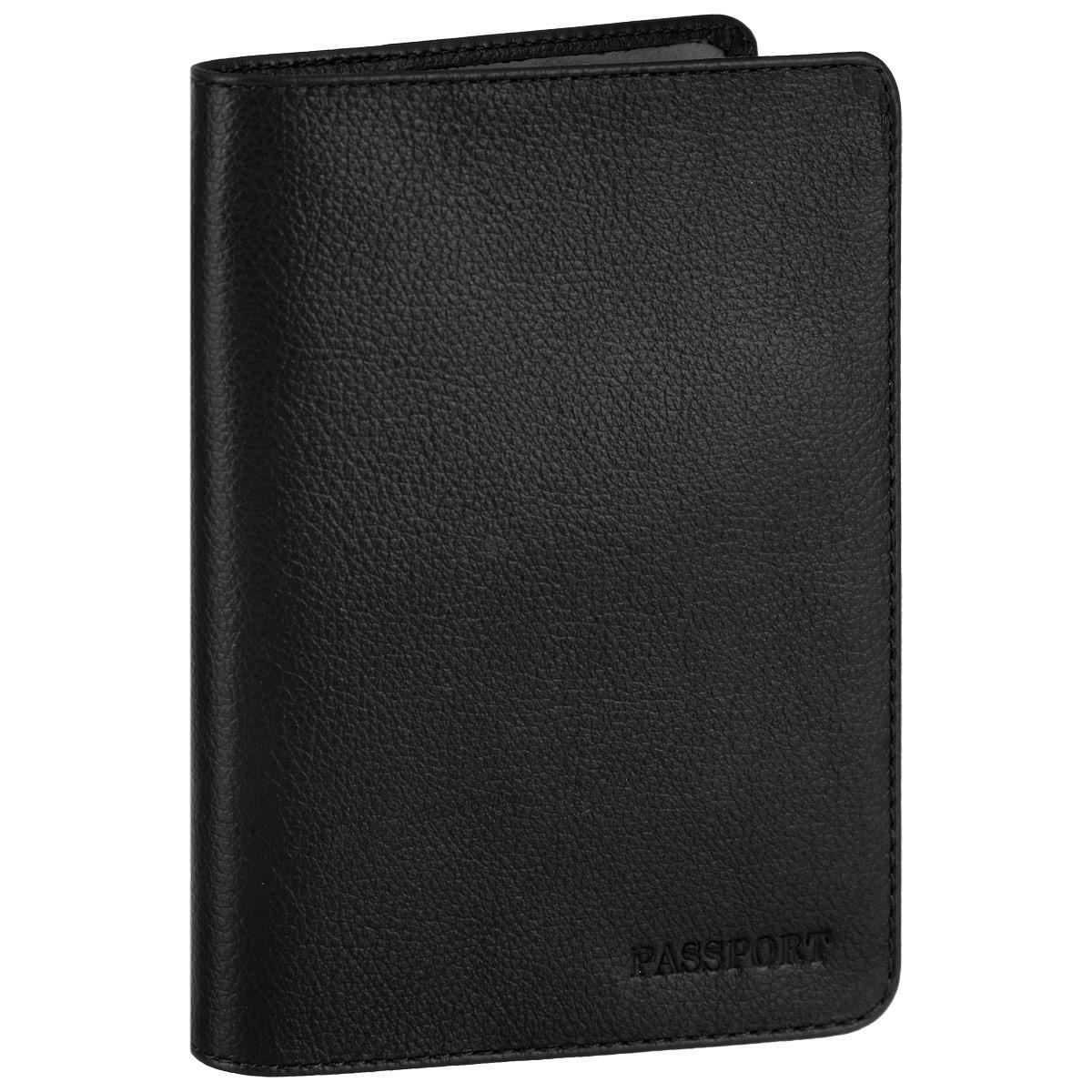 Обложка для паспорта Fabula, цвет: черный. O.53.FP019-1019CA05Стильная обложка для паспорта Fabula выполнена из натуральной кожи с зернистой текстурой, оформлена надписью Passport. Обложка для паспорта раскладывается пополам, внутри расположены два пластиковых кармашка.Такая обложка для паспорта станет прекрасным и стильным подарком человеку, любящему оригинальные и практичные вещи.