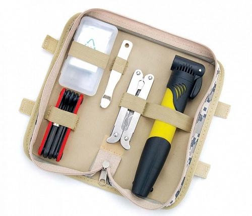 Комплект велосипедных инструментов LarsenBTL-41LКомплект инструментов Larsen станет незаменимым спутником для велосипедистов. Все инструменты набора выполнены из высококачественных материалов. Комплектация: Насос. Мультитул, включающий в себя плоскогубцы, линейку, ключ четырехгранный, открывалку с заостренным концом, 3 шестигранника, открывалку, плоскую отвертку, нож 3 см и нож 7 см. Складной инструмент, включающий в себя 2 отвертки (плоскую и крестовую), шестигранники 3 мм, 4 мм, 5 мм, 6 мм, 8 мм.Ремкомплект для покрышки.В комплекте удобный чехол для переноски и хранения.