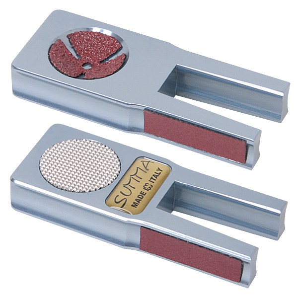 Инструмент для обработки наклейки Norditalia Summa ToolWP 113027Многофункциональный инструмент Norditalia Summa Tool предназначен для обработки наклейки. Корпус изделия выполнен из цельного алюминия. Инструмент оснащен сменными абразивными поверхностями.