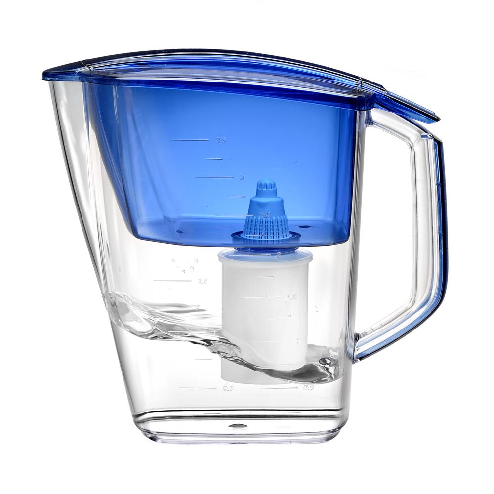 Фильтр-кувшин для воды Барьер Гранд, цвет: индигоВетерок 2ГФФильтр Grand - одна из самых популярных моделей фильтров-кувшинов, оптимальное решение для большой семьи. Кувшин обеспечит Вам нужное количество чистой воды за раз и при этом не будет занимать много места на кухне. Фильтр Grand - это признанное российскими потребителями сочетание доступности с большим количеством отфильтрованной воды.Фильтр-кувшин предназначен для очистки питьевой водопроводной воды. Эффективно очищает воду от активного хлора, органических и хлороорганических соединений, токсичных металлов и других вредных веществ. Устраняет неприятные запахи и привкусы. В январе 2007 года Барьер-Гранд получил сертификат соответствия Российского института потребительских испытаний (РИПИ). Фильтр укомплектован сменной фильтрующей кассетой БАРЬЕР-4. В состав кассеты входят особая комбинация высококачественных активированных углей для сорбции вредных примесей и специальные ионообменные материалы для удаления из воды ионов токсичных металлов. Особенности данного фильтра:высококачественный пластик, допущенный для контакта с питьевой водой;возможность мыть в посудомоечной машине;уникальная конструкция воронки для защиты от попадания неочищенной воды и пыли;измерительная шкала на корпусе;уникальная технология NanoPlus®.К фильтру-кувшину Grand подходят 4 вида сменных кассет для воды с разными типами загрязнения: Б-4 для водопроводной воды.Б-5 с фторирующим эффектом. Б-6 для жесткой воды. Б-7 для защиты от железа. Барьер - это высококачественные материалы и жесточайший контроль на каждой стадии производства. На сегодняшний день компания Барьер располагает производством полного цикла и собственной научно-исследовательской лабораторией. Конструкторский отдел компании сотрудничает с ведущими дизайн-бюро Европы, что позволяет обновлять модельный ряд фильтров-кувшинов раз в 2-3 года.Материал: пластик.Объем воронки: 1,6 л.Объем очищенной воды: 1,8 л.Объем кувшина: 4 л. Размер кувшина (с учетом ручки): 27,5 см х 14 см х 25