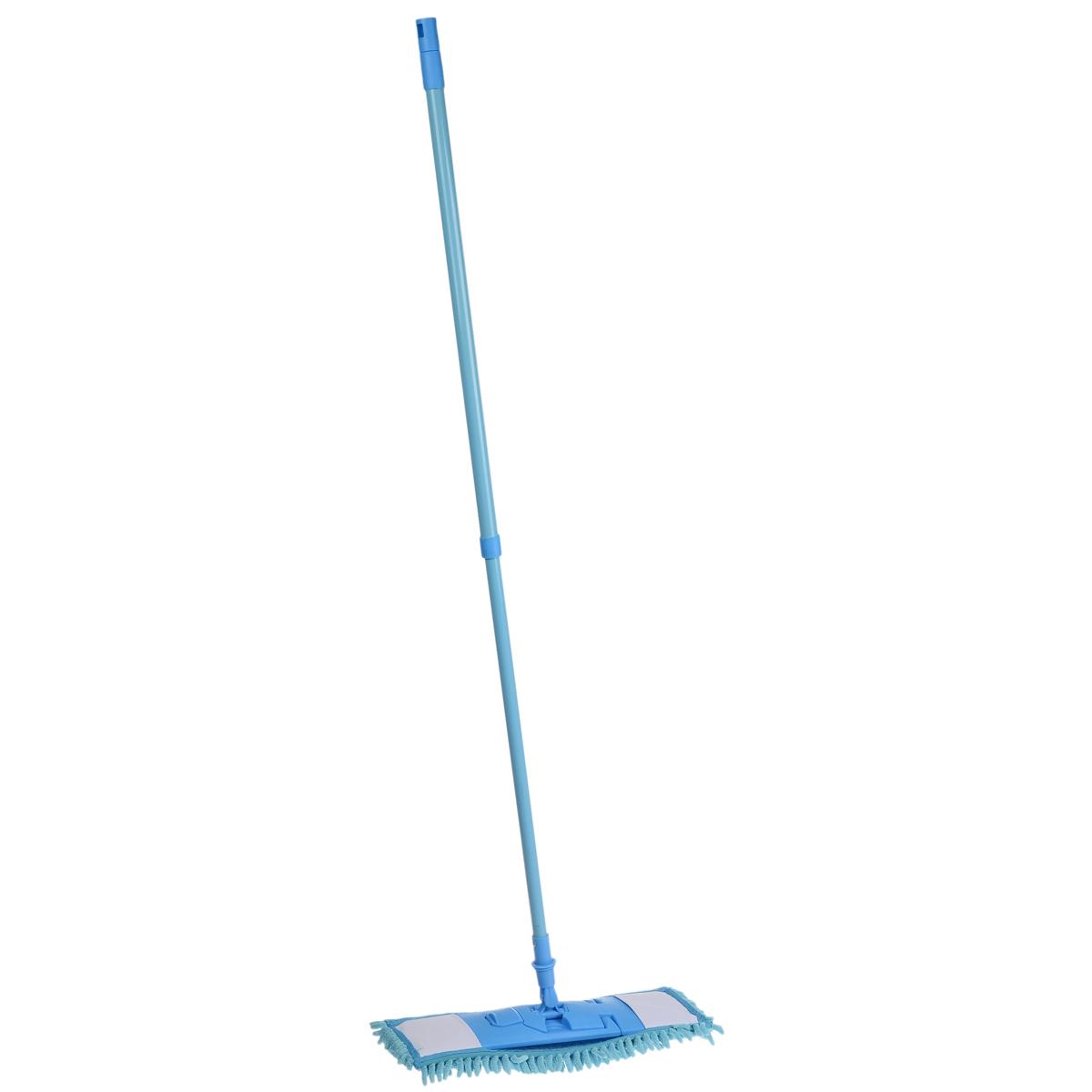 Швабра Home Queen Еврокласс с телескопической ручкой, цвет: голубой, 73-126 см870194Швабра Home Queen Еврокласс, выполненная из высококачественной стали, полипропилена, полиэстера и полиамида, идеально подходит для мытья всех типов напольных поверхностей: паркет, ламинат, линолеум, кафельная плитка. Материал насадки - шенилл (разновидность микрофибры) обладает высокой износостойкостью, не царапает поверхности и отлично впитывает влагу. Кроме того, сверхтонкое волокно микрофибры состоит из двух полимеров, соединенных в одну нить. Один из полимеров обладает свойством притягивать жирные и маслянистые вещества, таким образом, масло и жир прилипают непосредственно к волокнам насадки, что позволяет во многих случаях не использовать при уборке чистящие средства. Благодаря своей структуре, шенилловая насадка отлично моет углы. Телескопический механизм ручки позволяет выбрать необходимую вам длину, а также сэкономить место при хранении. Насадку можно стирать вручную или в стиральной машине с мягким моющим средством без использования кондиционера и отбеливателя, при температуре 30-40°С без кипячения.Длина ручки: 73-126 см.Размер насадки: 43 х 16 х 3 см.