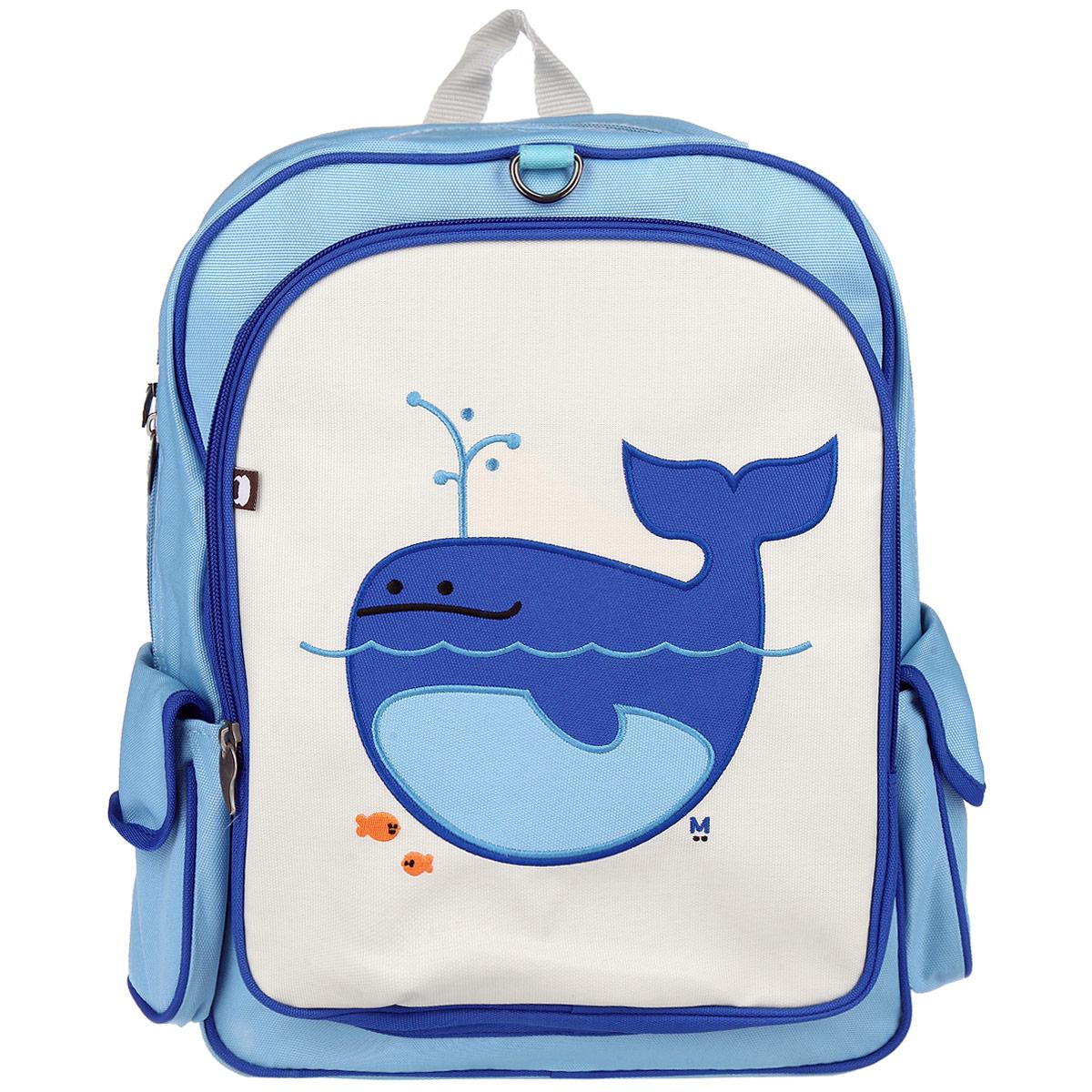 Рюкзак Beatrix Lucas-Whale обязательно привлечет внимание вашего ребенка.Выполнен из прочного и высококачественного материала голубого, синего и молочного цветов и оформлен аппликацией с изображением кита. Рюкзак состоит из вместительного отделения, закрывающегося на застежку-молнию с двумя бегунками. Бегунки застежки дополнены металлическими держателями. Внутри отделения находится нашивной карман на застежке-молнии. На задней стенке рюкзака имеется нашивка, на которой можно указать данные владельца. Лицевая сторона оснащена накладным карманом на молнии. Рюкзак имеет два накладных боковых кармана на липучке. Мягкие широкие лямки позволяют легко и быстро отрегулировать рюкзак в соответствии с ростом. Рюкзак оснащен удобной текстильной ручкой для переноски в руке.Этот рюкзак можно использовать для повседневных прогулок, отдыха и спорта, а также как элемент вашего имиджа.