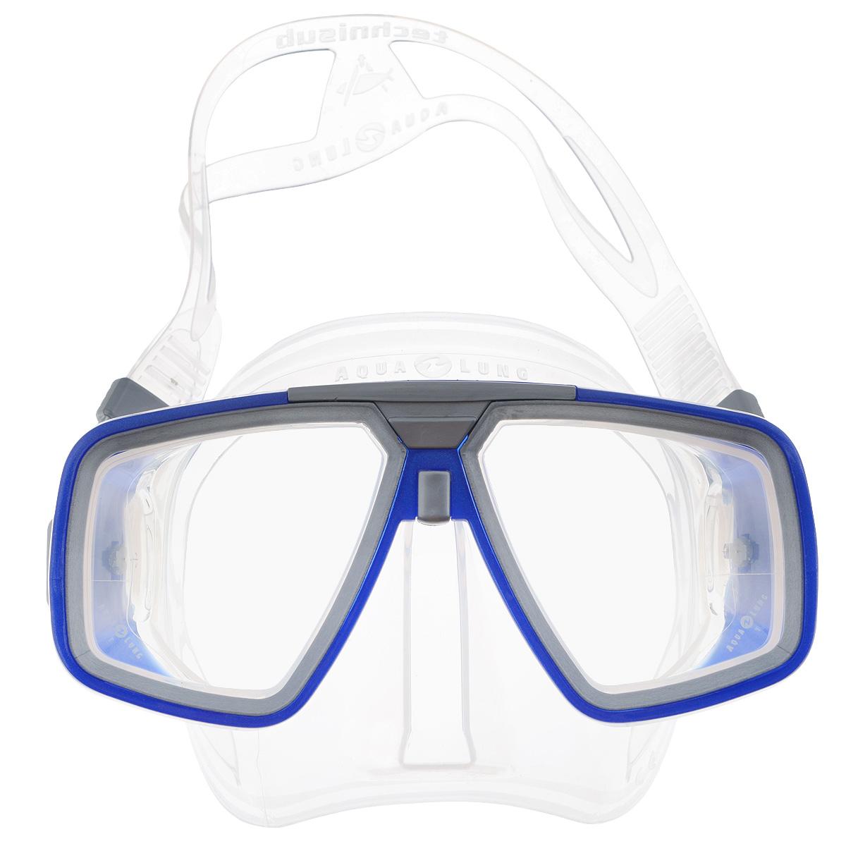 Маска для подводного плавания Aqua Lung Look, цвет: прозрачный, синийWRA523700Маска Technisub Look - лидер по объему продаж во всем мире на протяжении десяти лет благодаря использованию в ней материалов высочайшего качества. Идеально подходит к различным типам лица. Обтюратор и ремешок маски сделаны из качественного силикона, обеспечивающего мягкость и плотность прилегания в сочетании с комфортом. Силикон LSR не вызывает аллергию, а также сочетает отличную степень прозрачности с устойчивостью к воздействию ультрафиолетовых лучей в отличии резины. Корпус маски сделан из высокопрочного поликарбоната. Особенности модели: двухлинзовая маска;приближенные к лицу линзы обеспечивают максимальный угол обзора;быстрая и легкая регулировка натяжения ремешка;поворотные пряжки ремешка для большего комфорта;возможна установка положительных или отрицательных диоптрических линз. Линзы маски традиционно выполнены из каленого стекла, что обеспечивает безопасность.Простые линзы можно заменить на линзы с диоптриями:бисимметричные от -1,0 до -10,0 с шагом 0,5.бифокальные от +1,5 до +3,0 с шагом 0,5.
