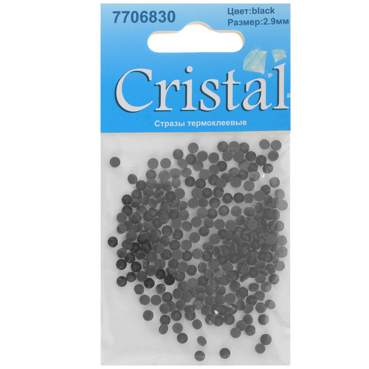 Стразы термоклеевые Cristal, цвет: черный, диаметр 2,9 мм, 288 шт55052Набор термоклеевых страз Cristal, изготовленный из высококачественного акрила, позволит вам украсить одежду, аксессуары или текстиль. Яркие стразы имеют плоское дно и круглую поверхность с гранями.Дно термоклеевых страз уже обработано особым клеем, который под воздействием высоких температур начинает плавиться, приклеиваясь, таким образом, к требуемой поверхности. Чаще всего их используют в текстильной промышленности: стразы прикладывают к ткани и проглаживают утюгом с обратной стороны. Также можно использовать специальный паяльник. Украшение стразами поможет сделать любую вещь оригинальной и неповторимой. Диаметр страз: 2,9 мм.