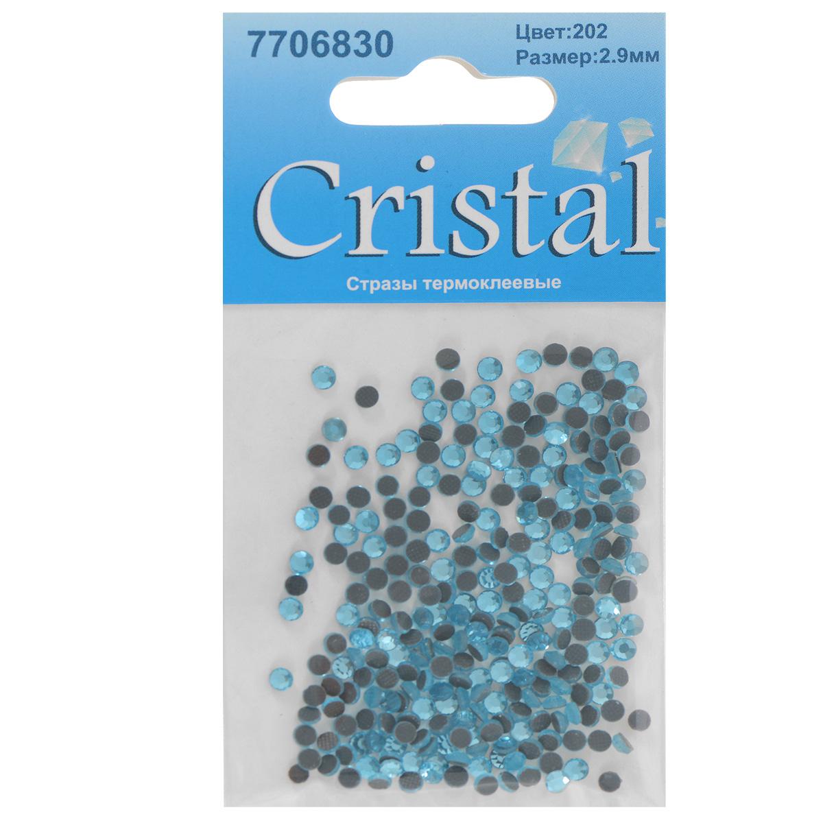 Стразы термоклеевые Cristal, цвет: голубой (202), диаметр 2,9 мм, 288 шт19201Набор термоклеевых страз Cristal, изготовленный из высококачественного акрила, позволит вам украсить одежду, аксессуары или текстиль. Яркие стразы имеют плоское дно и круглую поверхность с гранями.Дно термоклеевых страз уже обработано особым клеем, который под воздействием высоких температур начинает плавиться, приклеиваясь, таким образом, к требуемой поверхности. Чаще всего их используют в текстильной промышленности: стразы прикладывают к ткани и проглаживают утюгом с обратной стороны. Также можно использовать специальный паяльник. Украшение стразами поможет сделать любую вещь оригинальной и неповторимой. Диаметр страз: 2,9 мм.