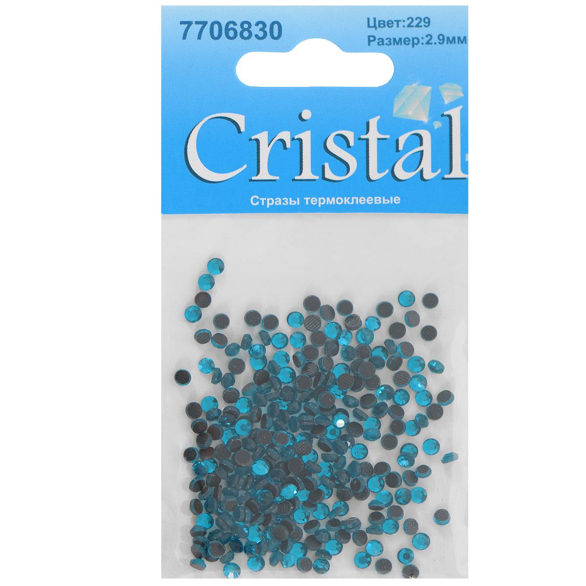 Стразы термоклеевые Cristal, цвет: бирюзовый (229), диаметр 2,9 мм, 288 штKCO-30-679498Набор термоклеевых страз Cristal, изготовленный из высококачественного акрила, позволит вам украсить одежду, аксессуары или текстиль. Яркие стразы имеют плоское дно и круглую поверхность с гранями.Дно термоклеевых страз уже обработано особым клеем, который под воздействием высоких температур начинает плавиться, приклеиваясь, таким образом, к требуемой поверхности. Чаще всего их используют в текстильной промышленности: стразы прикладывают к ткани и проглаживают утюгом с обратной стороны. Также можно использовать специальный паяльник. Украшение стразами поможет сделать любую вещь оригинальной и неповторимой. Диаметр страз: 2,9 мм.