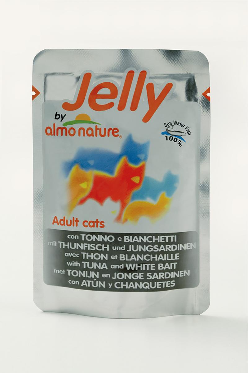 Консервы для кошек Almo Nature Classic, тунец с сардинами в желе, 70 г10129Консервы Almo Nature Classic - восхитительно вкусный функциональный влажный корм для кошек, содержащий желатин, который является натуральным средством для вывода шерсти из организма животного, помогающий защитить пищеварительный тракт от раздражения, а также он придает корму восхитительно нежную структуру. Консервы приготовлены из самых свежих отборных ингредиентов уровня Human Grade (качество как для людей), являющихся натуральным естественным источником витаминов и микроэлементов. Состав: тунец - 46%, молодые сардинки - 5%, рис - 0,5%, рыбный бульон в желатине (желе) - 48,5%.Гарантированный анализ: белки – 14%, клетчатка - 1%, жиры - 0,5%, зола - 2%, влажность – 85%.Калорийность: 532 ккал/кг.Товар сертифицирован.