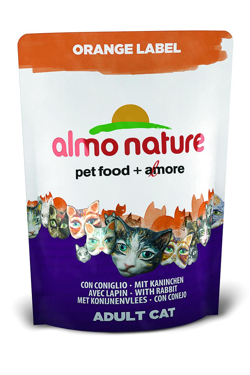 Корм сухой Almo Nature Orange label для кастрированных кошек, с кроликом, 105 г23269Полнорационный корм Almo Nature Orange label рекомендован для кастрированных кошек.Корм содержитбольшой процент свежего мяса, что обеспечивает необходимым количеством питательныхвеществ и оптимальным содержанием протеина. Прекрасный вкус обеспечивается за счетсвежих натуральных ингредиентов. Не содержит искусственныхдобавок, красителей, ароматизаторов, консервантов. Состав: мясо кролика и его производные 48% (из которых 25% свежего мяса и 16%дегидрированного мяса), злаки, масла и жиры, экстракт растительного белка, дрожжи, минералы,субпродукты растительного происхождения.Питательные добавки: таурин 0,6 г/кг, L-карнитин 0,1 г/кг, витамин D3 244 МЕ/кг, витамин Е 122мг/кг, витамин С 61 мг/кг.Микроэлементы: железо 8 мг/кг, медь 0,1 мг/кг, цинк 49 мг/кг, марганец 0,4 мг/кг.Гарантированный анализ: белки – 31,7%, клетчатка – 0,9%, жиры – 16%, зола – 7%, влажность8%.Калорийность – 3743 ккал/кг.Товар сертифицирован.