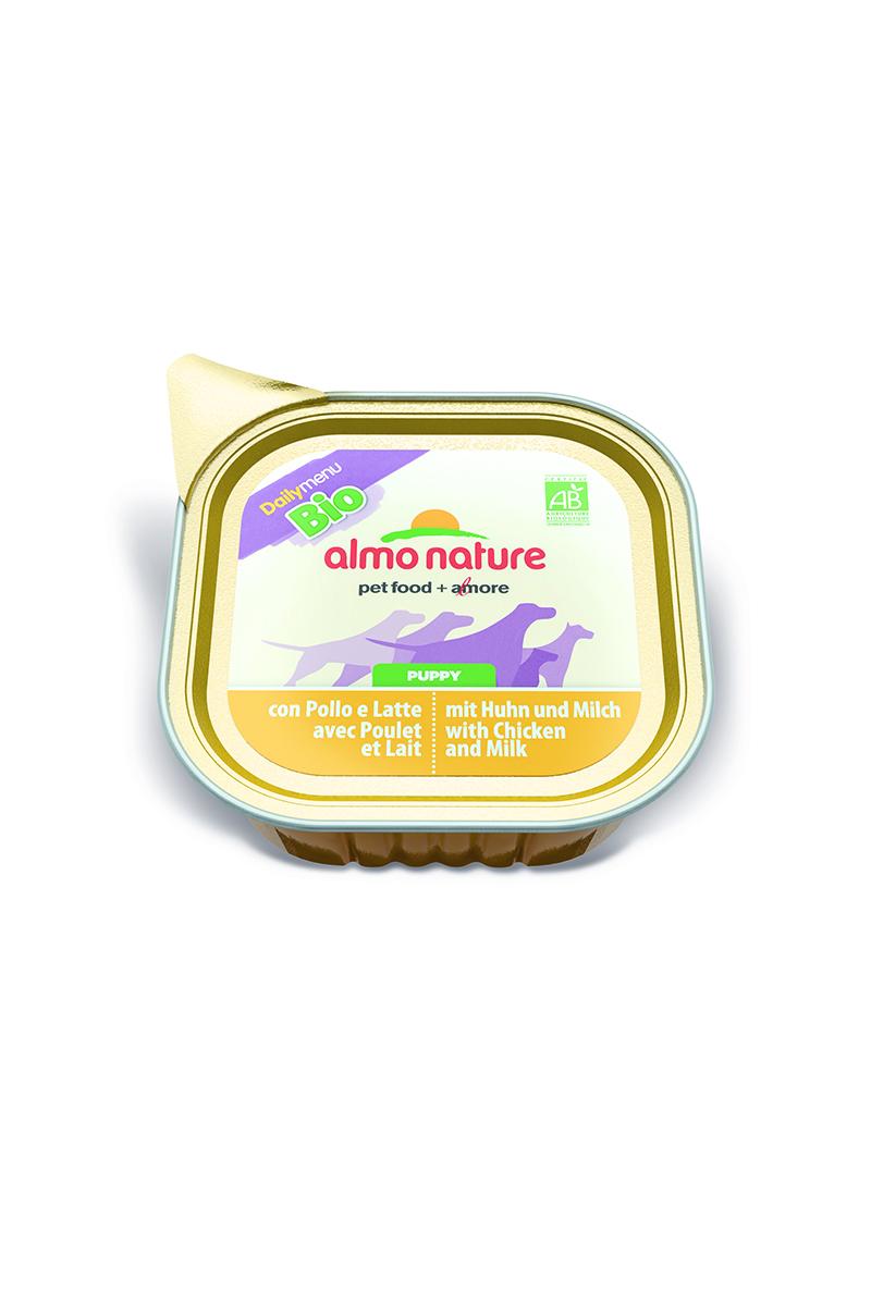 Паштет для щенков Almo Nature Daily Menu. Bio, курица в молоке с овощами, 100 г10160Паштет для щенков Almo Nature Daily Menu. Bio изготовлены из отборных, гипоаллергенных и легко усвояемых ингредиентов. Содержат питательные, высококачественные продукты: подлинное мясо свободного выгула - без гормонов и антибиотиков, а также овощи, произрастающие в экологически чистых условиях без использования пестицидов и химических веществ.Состав: мясо и его производные, молоко (4% минимум), овощи (горох и морковь – 5% минимум), злаки, минеральные вещества, витамин Е – 16 мг/кг, витамин D – 100 мкл/кг.Гарантированный анализ: белки – 10,5%, клетчатка – 1%, жиры – 5%, зола – 3%, влажность – 79%.Товар сертифицирован.